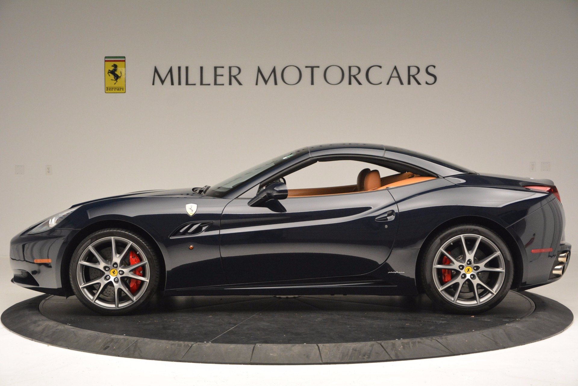 Used 2010 Ferrari California  For Sale In Greenwich, CT 659_p15