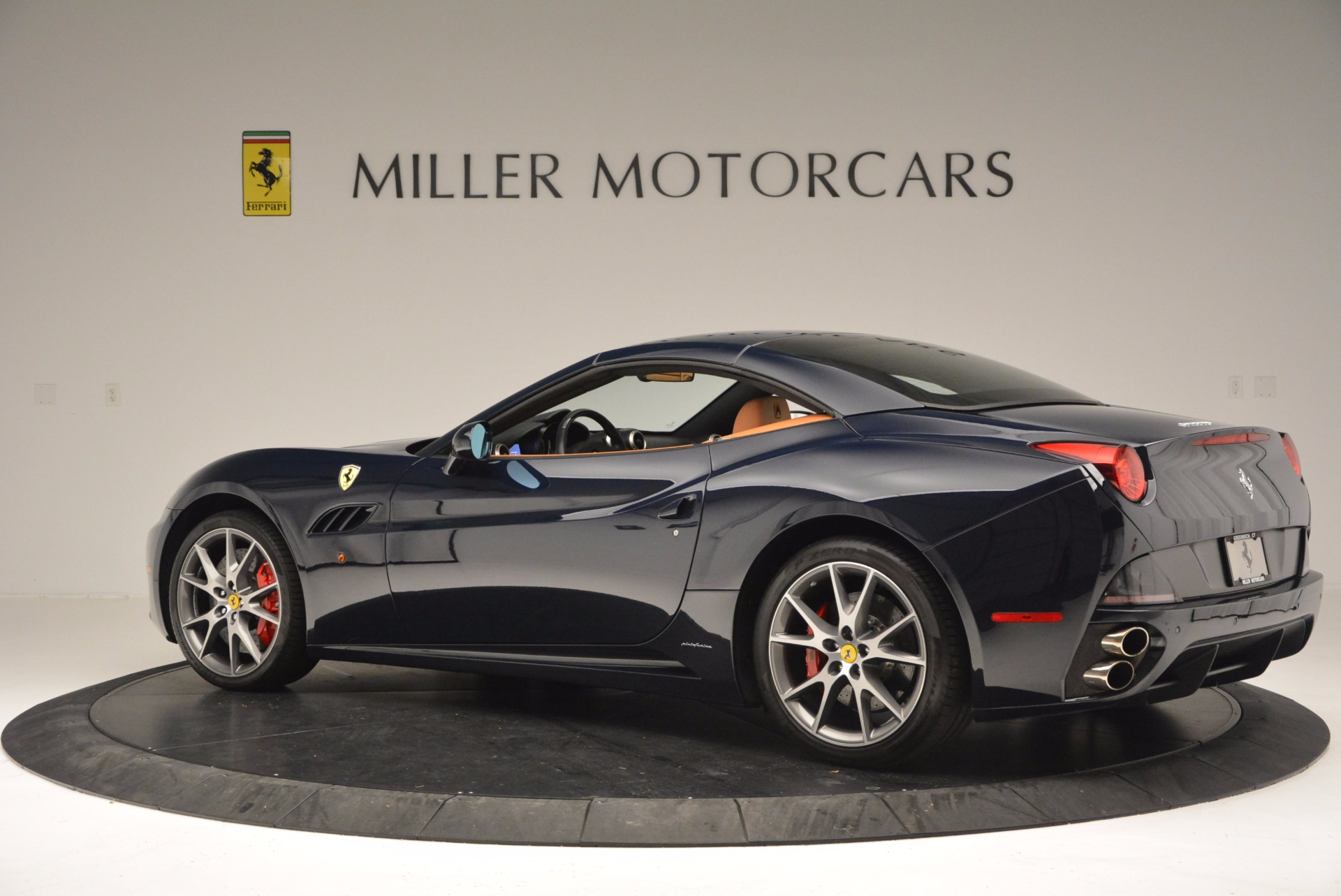 Used 2010 Ferrari California  For Sale In Greenwich, CT 659_p16