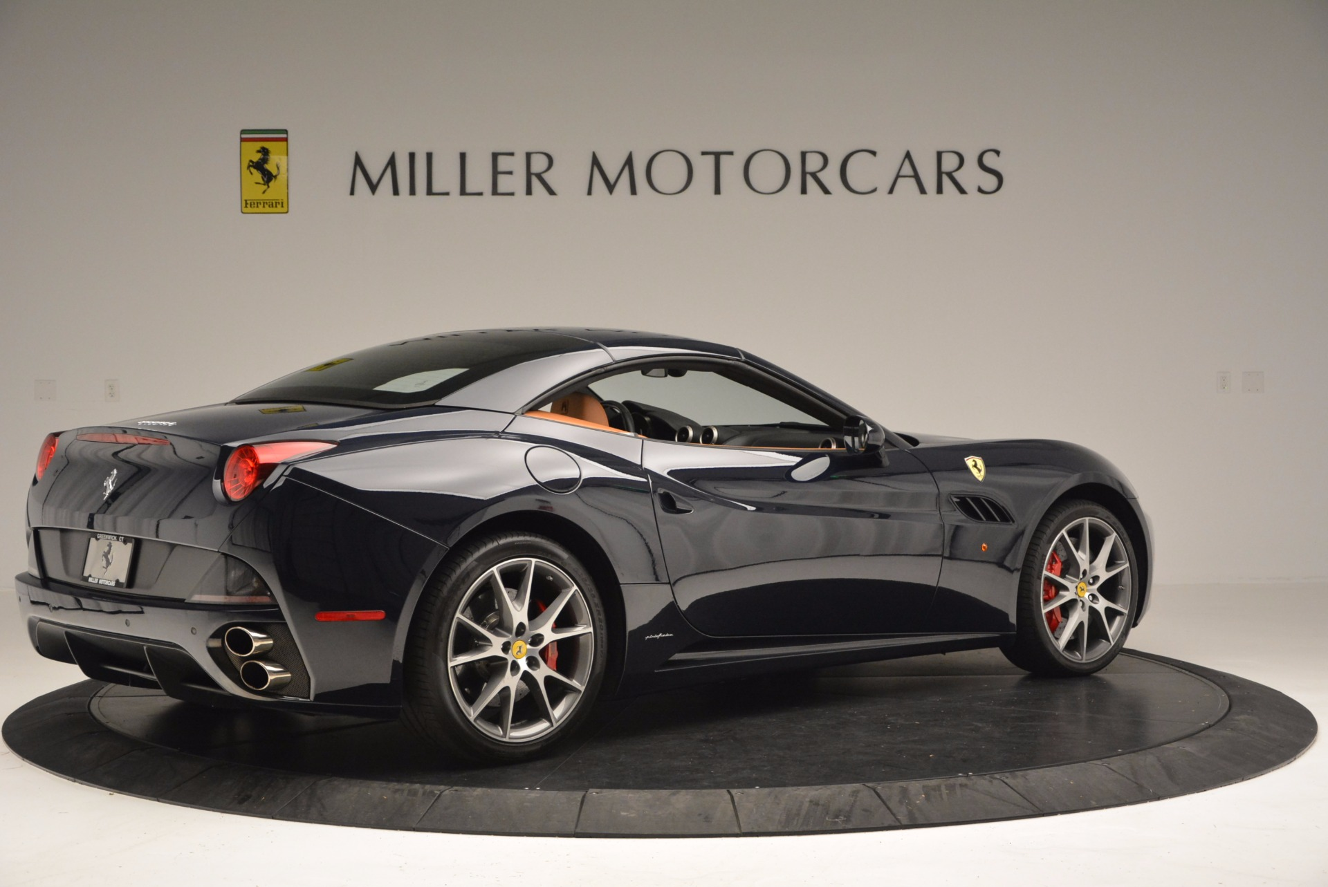 Used 2010 Ferrari California  For Sale In Greenwich, CT 659_p20