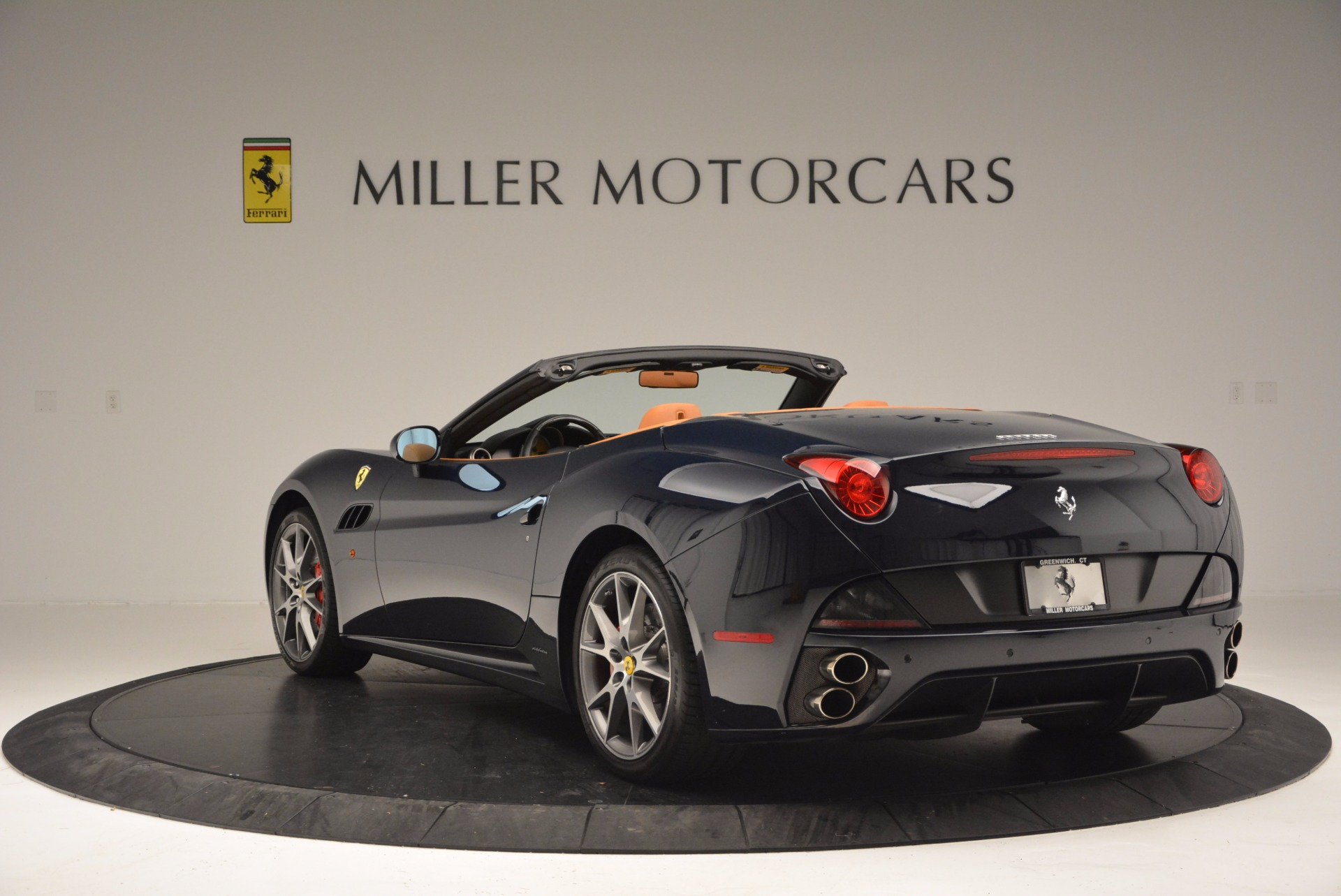 Used 2010 Ferrari California  For Sale In Greenwich, CT 659_p5