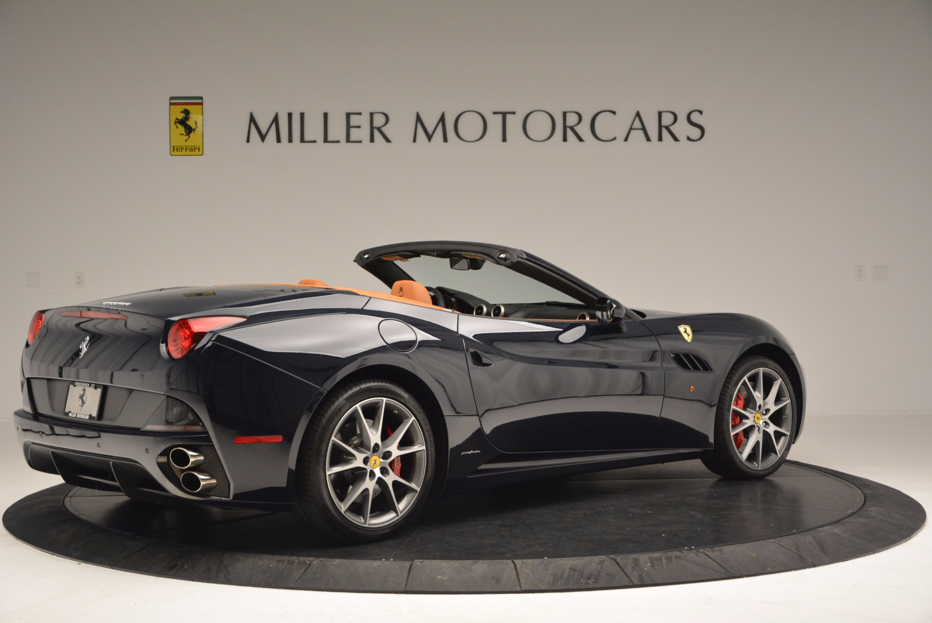 Used 2010 Ferrari California  For Sale In Greenwich, CT 659_p8