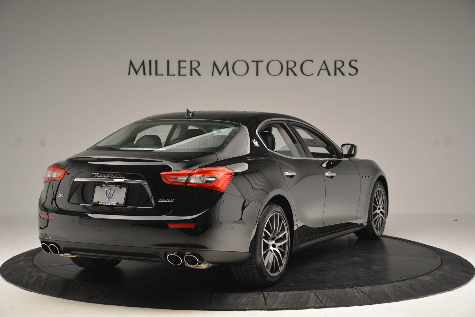 Used 2016 Maserati Ghibli S Q4  EX-LOANER For Sale In Greenwich, CT 667_p7
