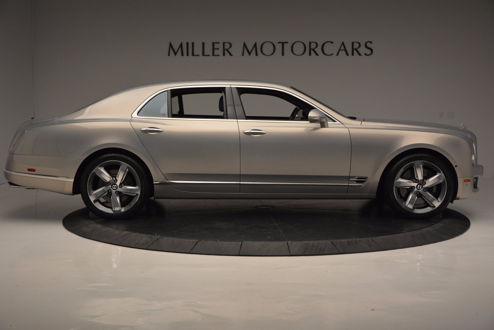Used 2016 Bentley Mulsanne Speed For Sale In Greenwich, CT 671_p10