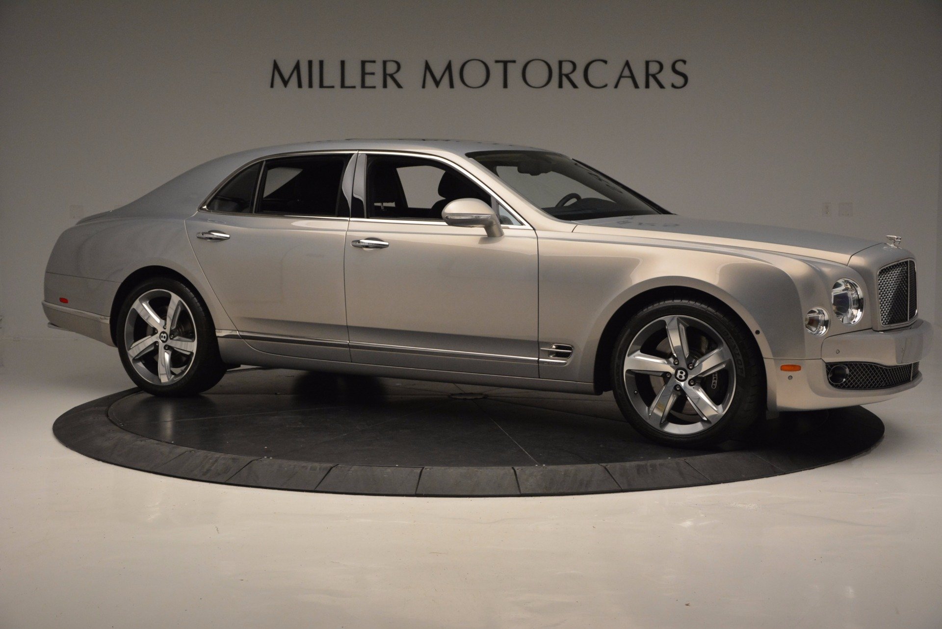Used 2016 Bentley Mulsanne Speed For Sale In Greenwich, CT 671_p11