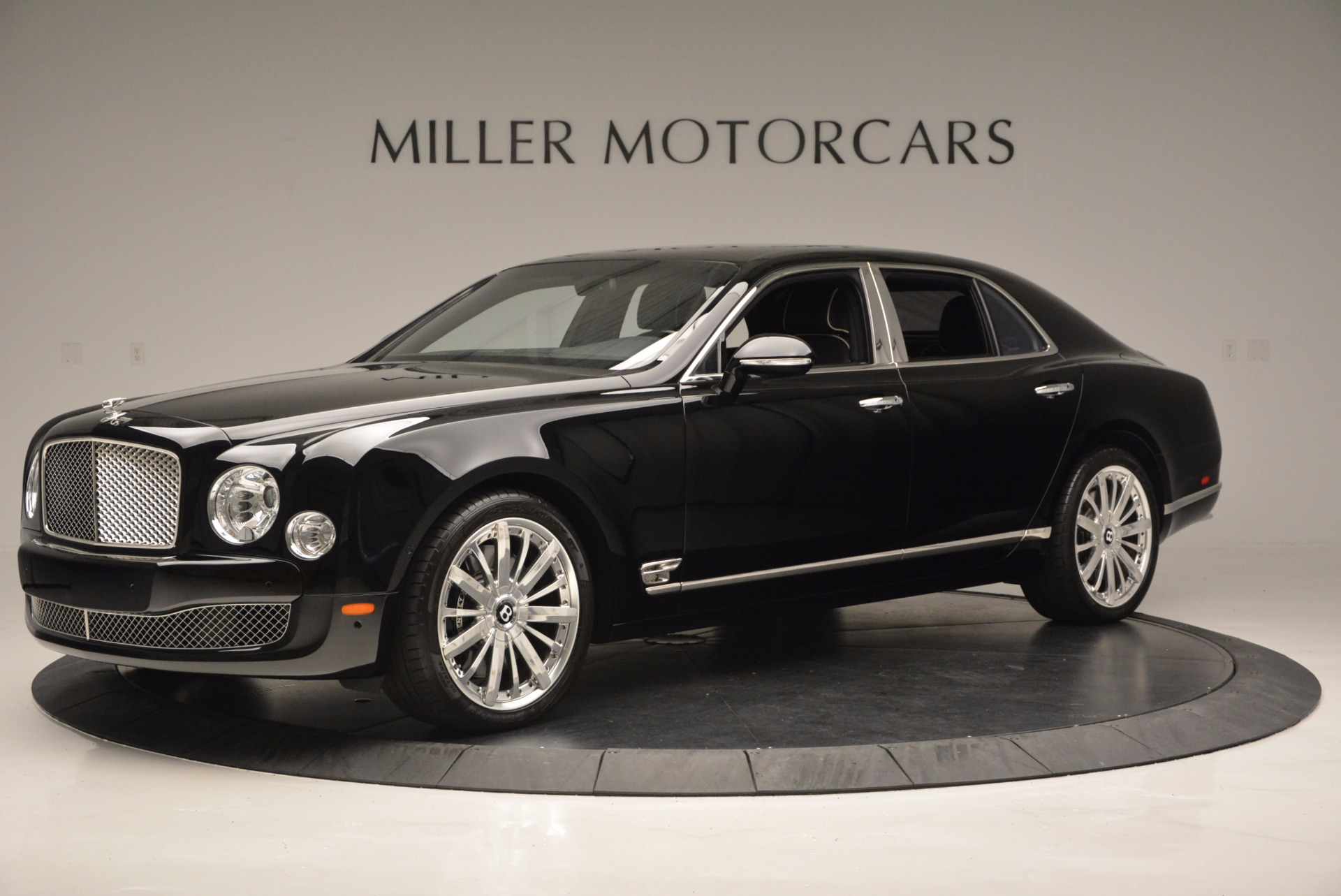 Used 2016 Bentley Mulsanne  For Sale In Greenwich, CT 672_p2