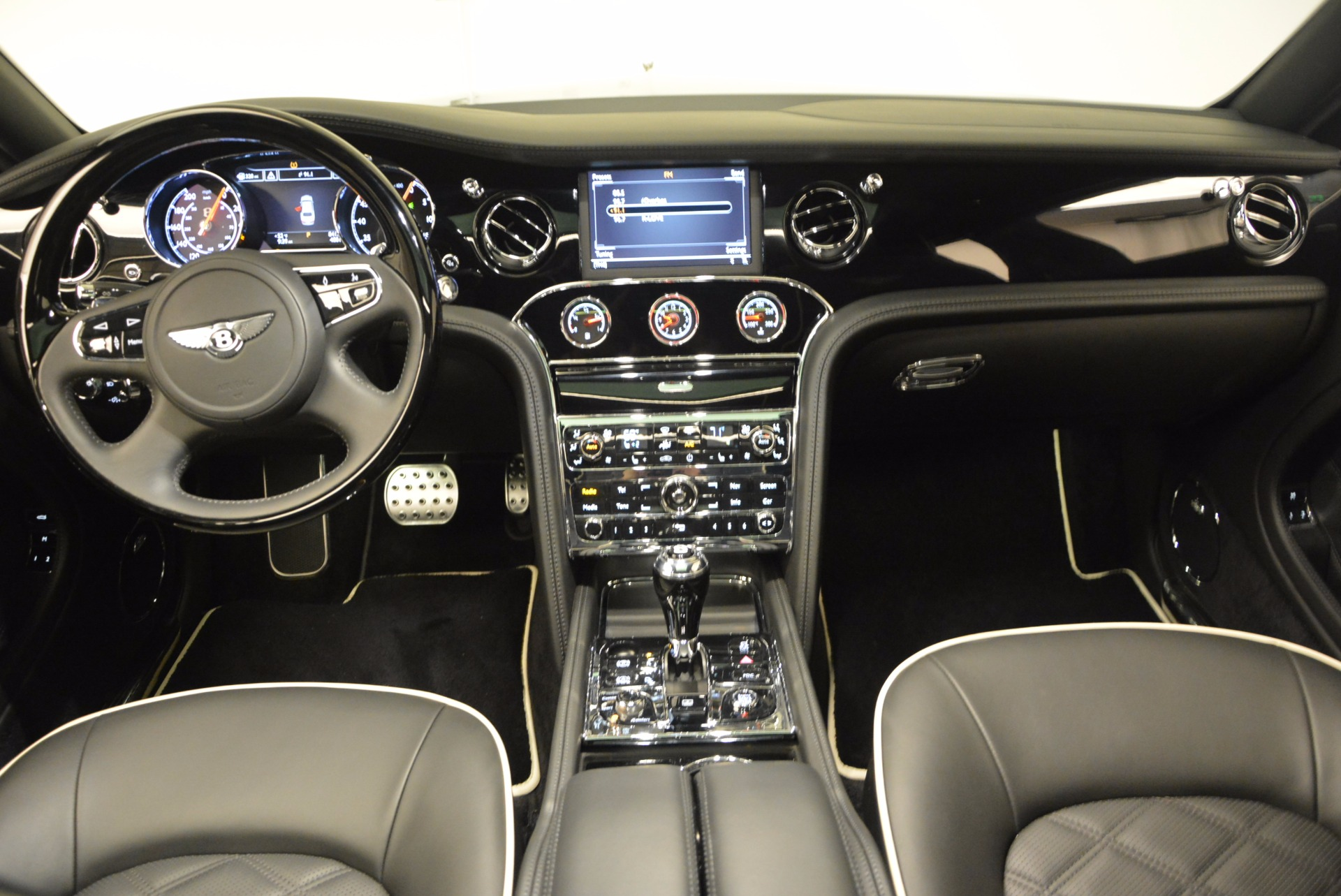 Used 2016 Bentley Mulsanne  For Sale In Greenwich, CT 672_p37