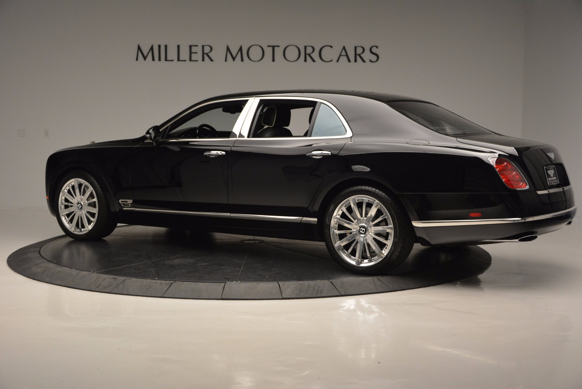 Used 2016 Bentley Mulsanne  For Sale In Greenwich, CT 672_p4