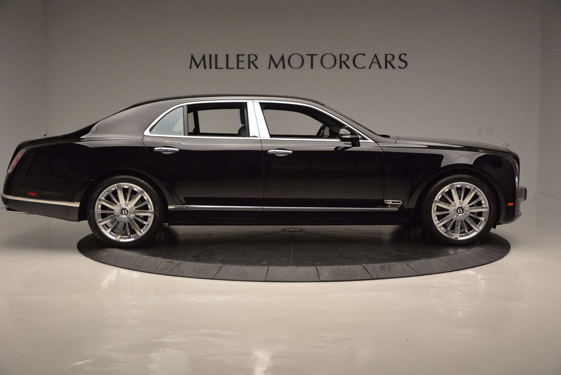 Used 2016 Bentley Mulsanne  For Sale In Greenwich, CT 672_p9