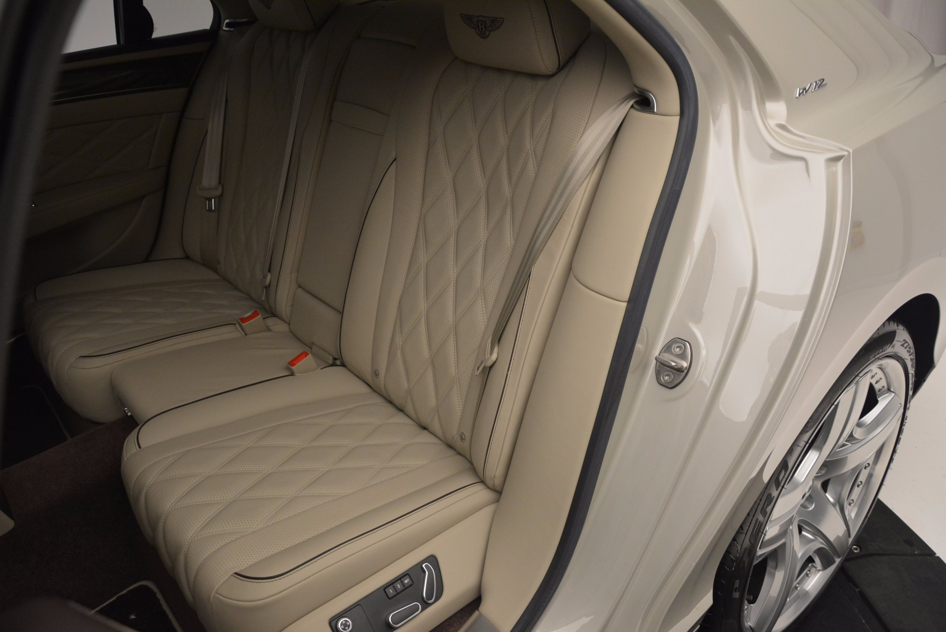 Used 2015 Bentley Flying Spur W12  For Sale In Greenwich, CT 694_p28