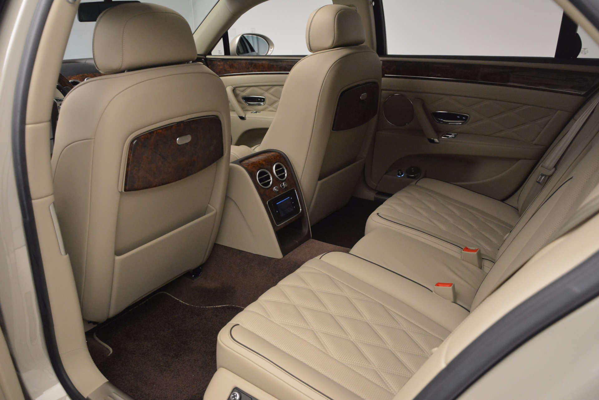 Used 2015 Bentley Flying Spur W12  For Sale In Greenwich, CT 694_p30