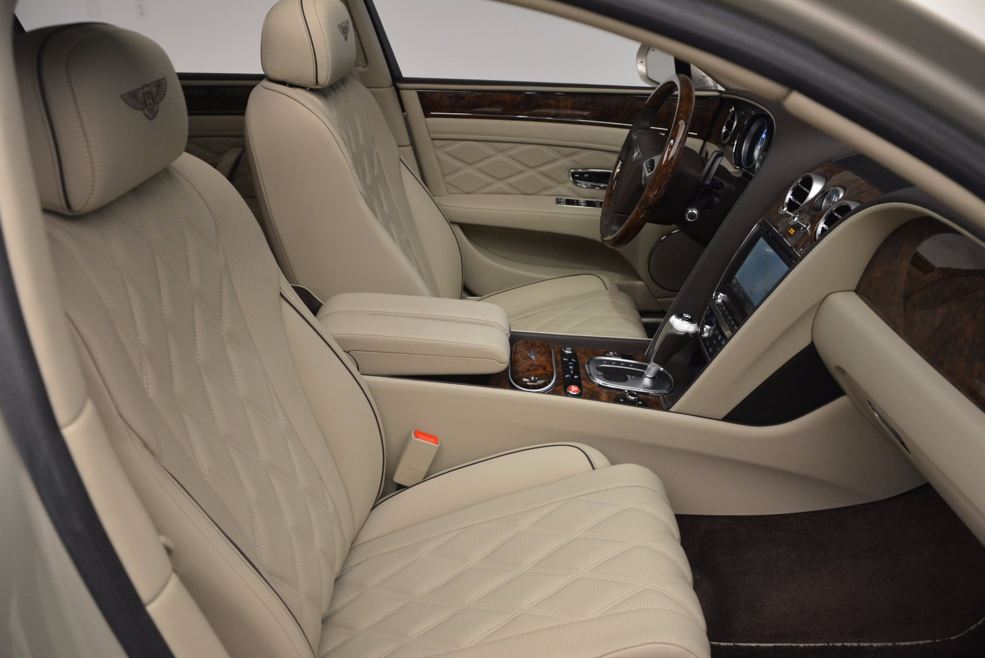 Used 2015 Bentley Flying Spur W12  For Sale In Greenwich, CT 694_p39