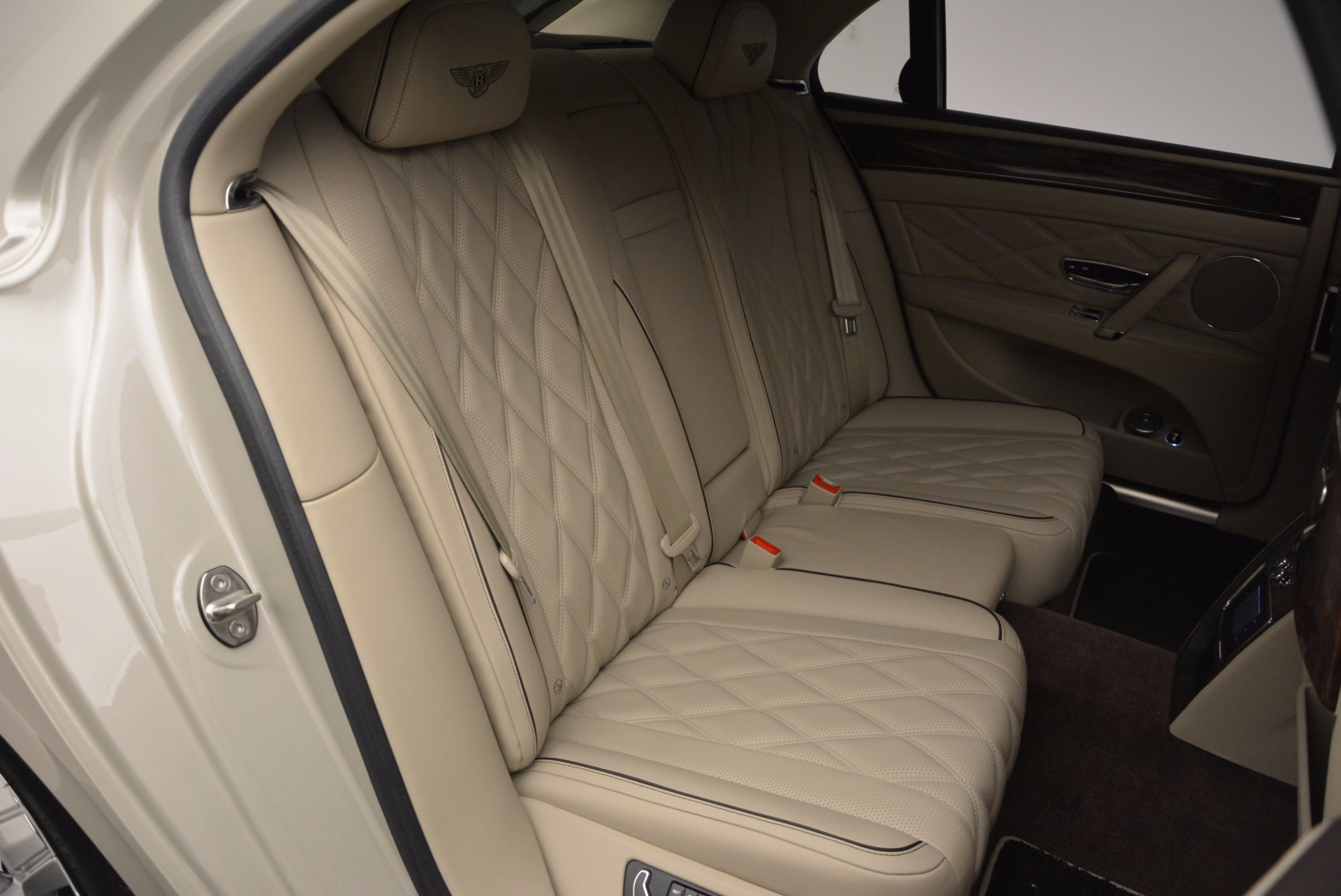 Used 2015 Bentley Flying Spur W12  For Sale In Greenwich, CT 694_p45