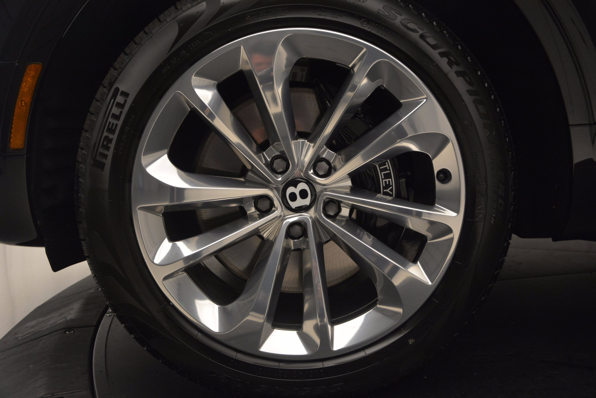 Used 2017 Bentley Bentayga W12 For Sale In Greenwich, CT 696_p15