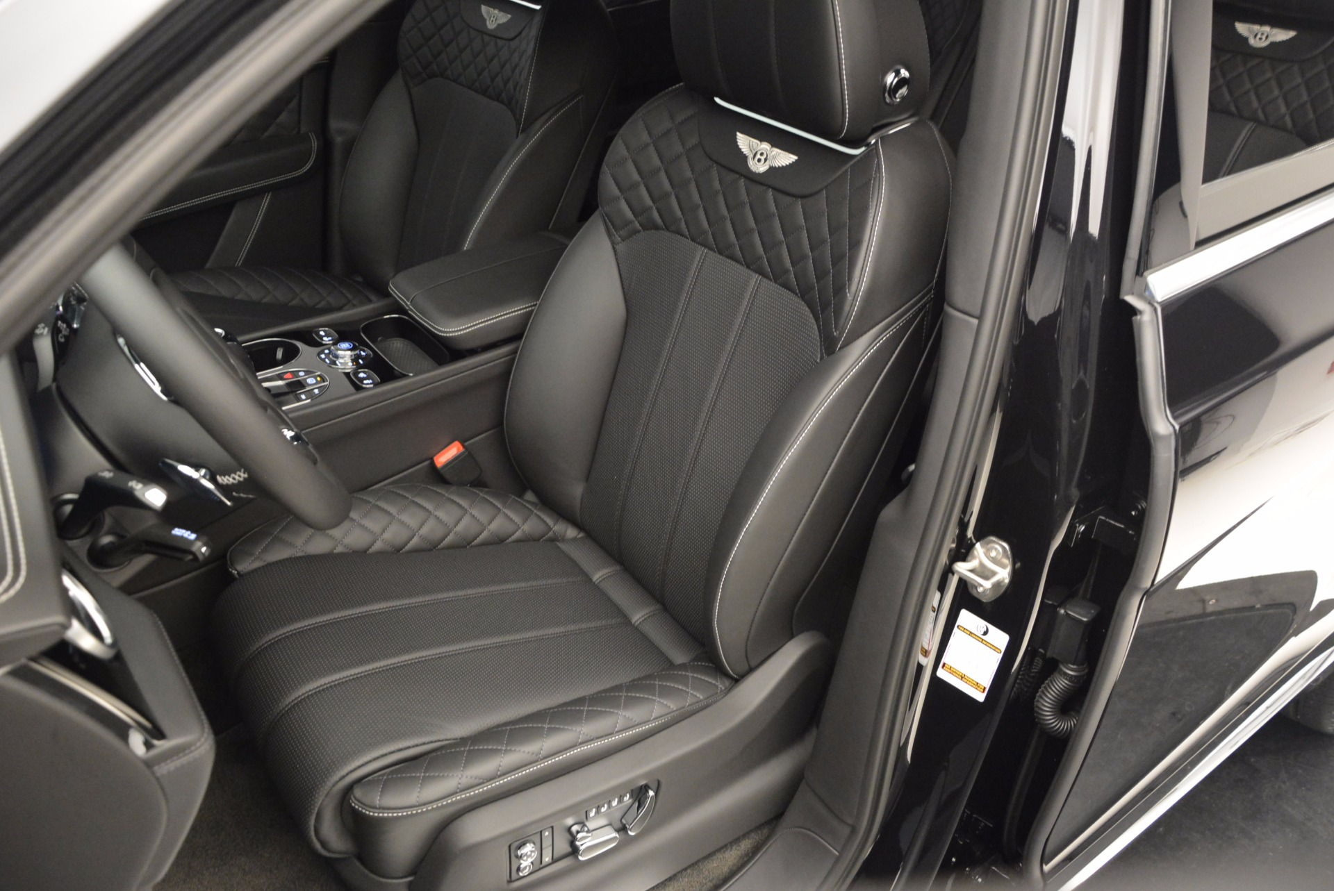 Used 2017 Bentley Bentayga W12 For Sale In Greenwich, CT 696_p17