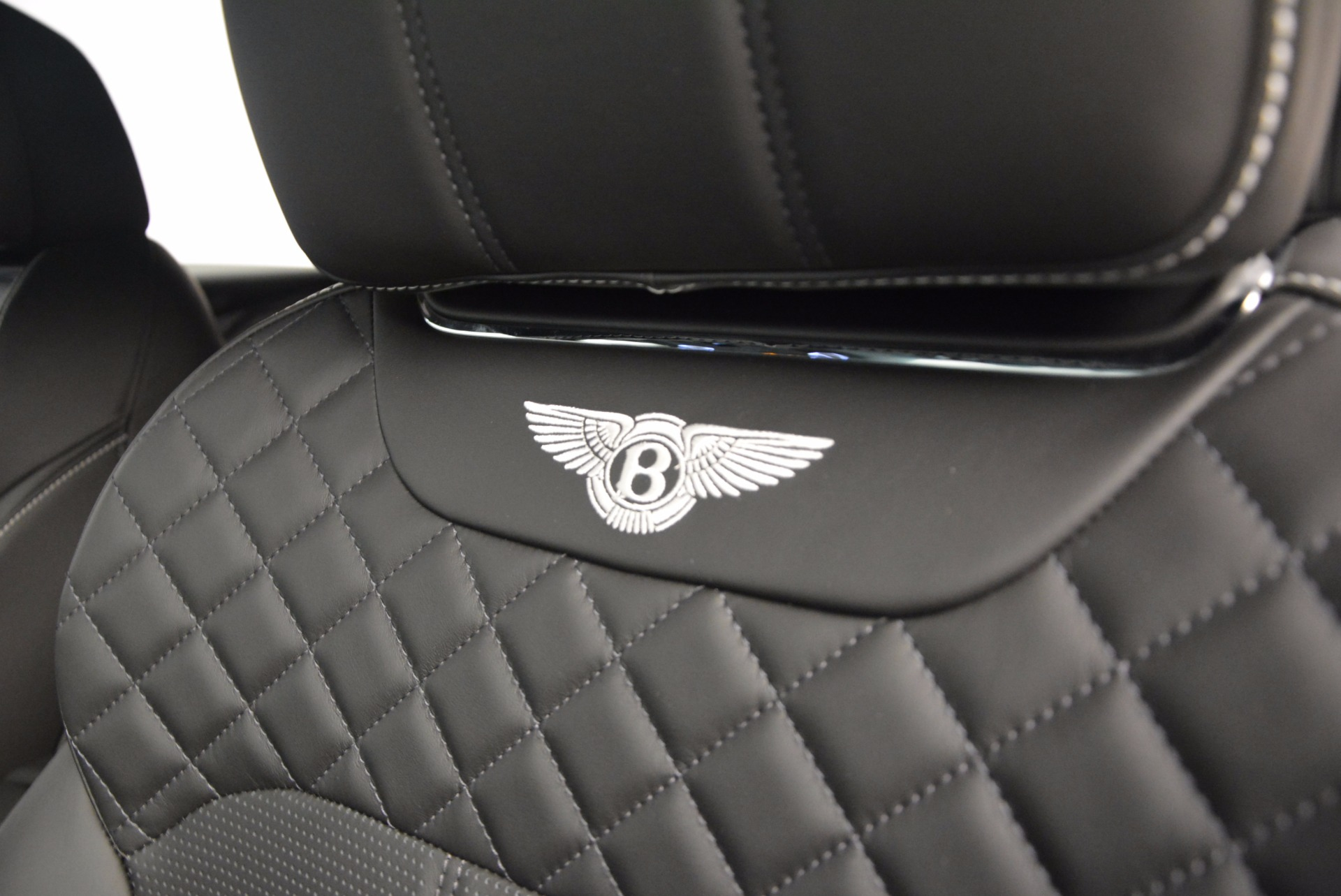 Used 2017 Bentley Bentayga W12 For Sale In Greenwich, CT 696_p20