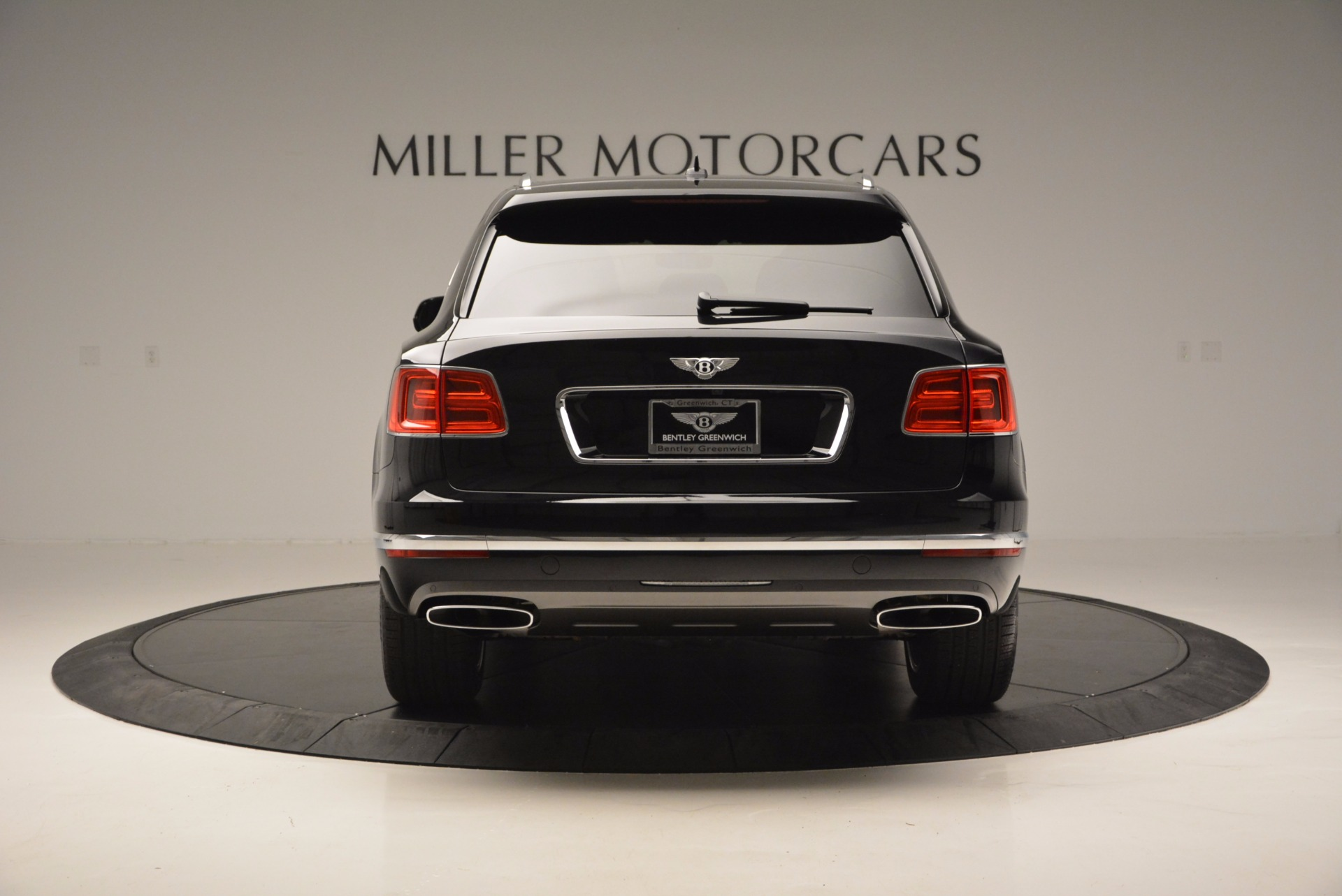 Used 2017 Bentley Bentayga W12 For Sale In Greenwich, CT 696_p6