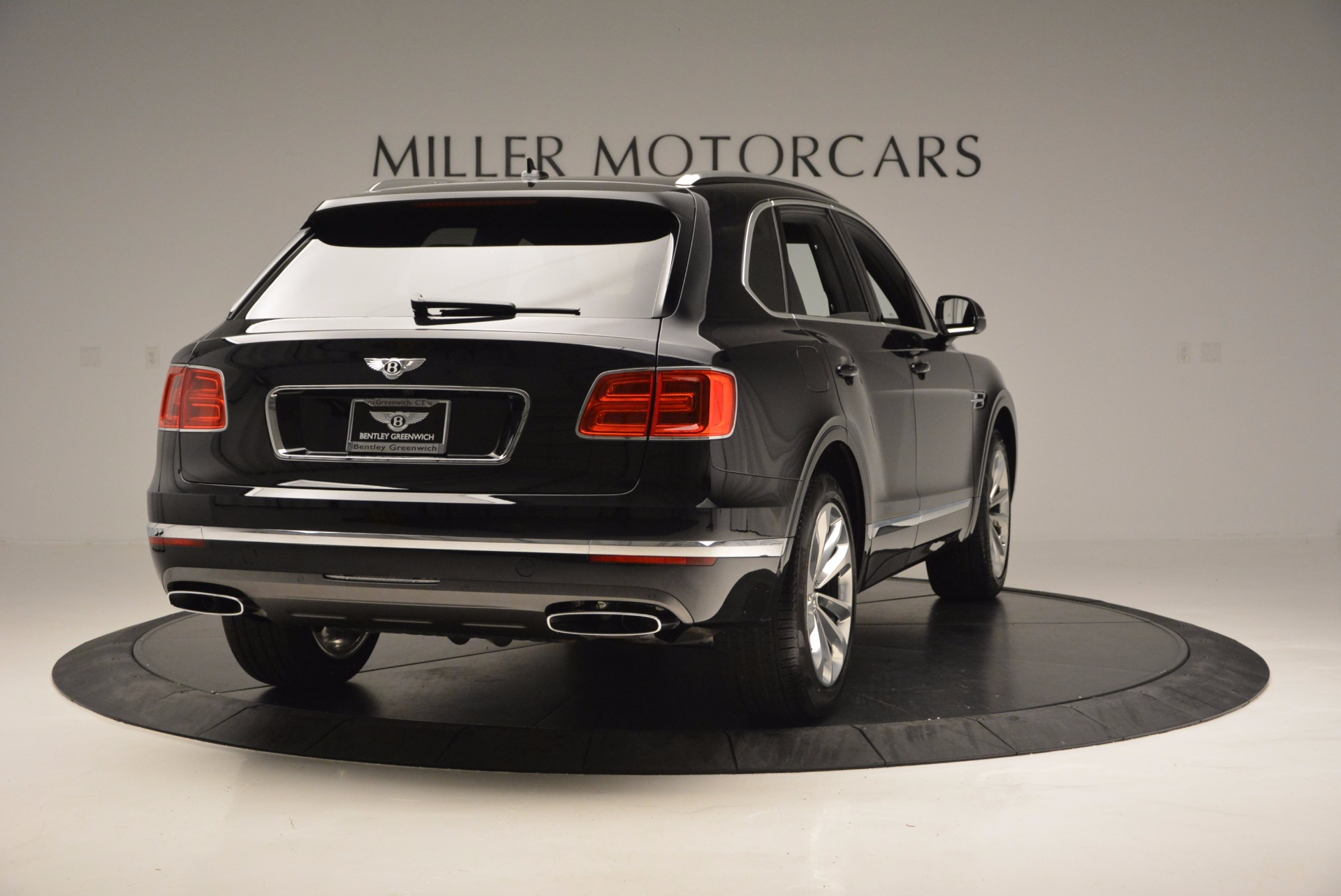 Used 2017 Bentley Bentayga W12 For Sale In Greenwich, CT 696_p7