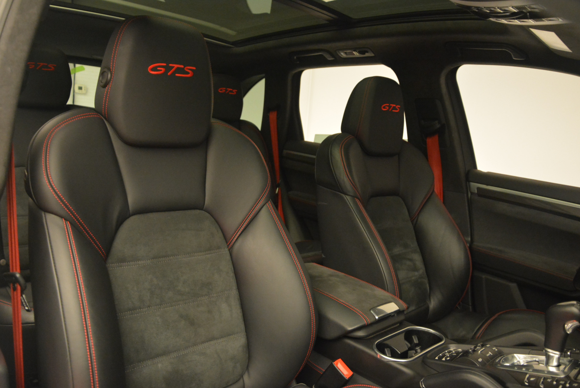 Used 2014 Porsche Cayenne GTS For Sale In Greenwich, CT 697_p27