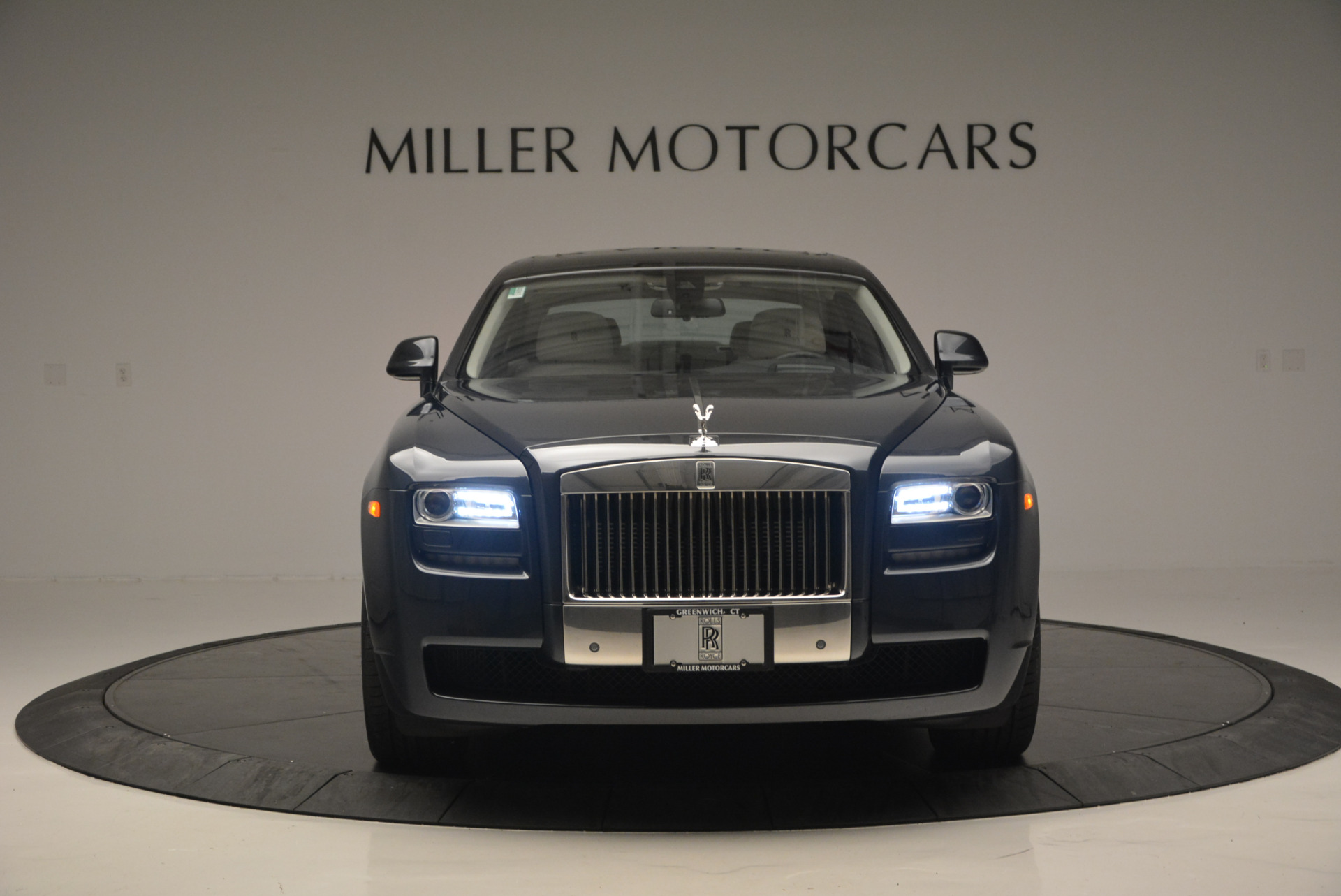 Used 2013 Rolls-Royce Ghost  For Sale In Greenwich, CT 702_p13