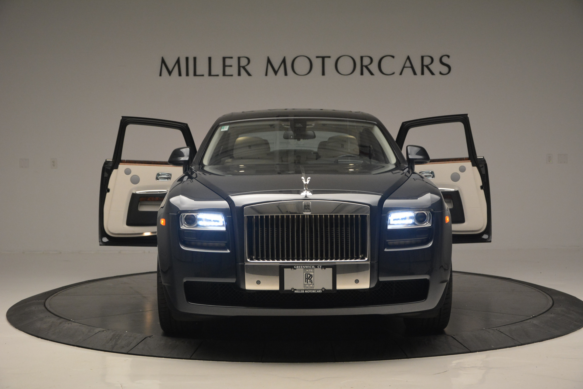 Used 2013 Rolls-Royce Ghost  For Sale In Greenwich, CT 702_p14