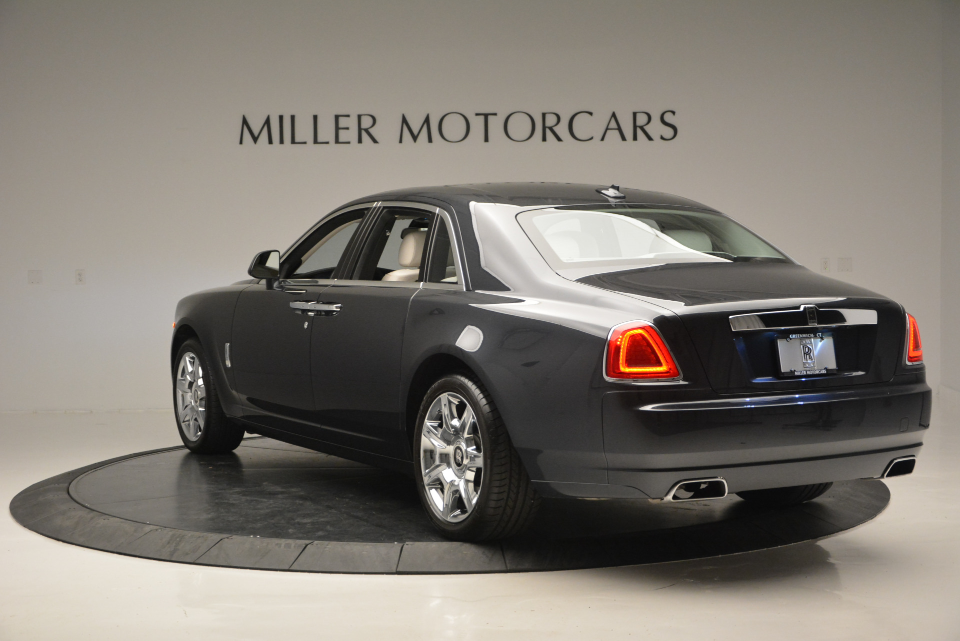 Used 2013 Rolls-Royce Ghost  For Sale In Greenwich, CT 702_p6