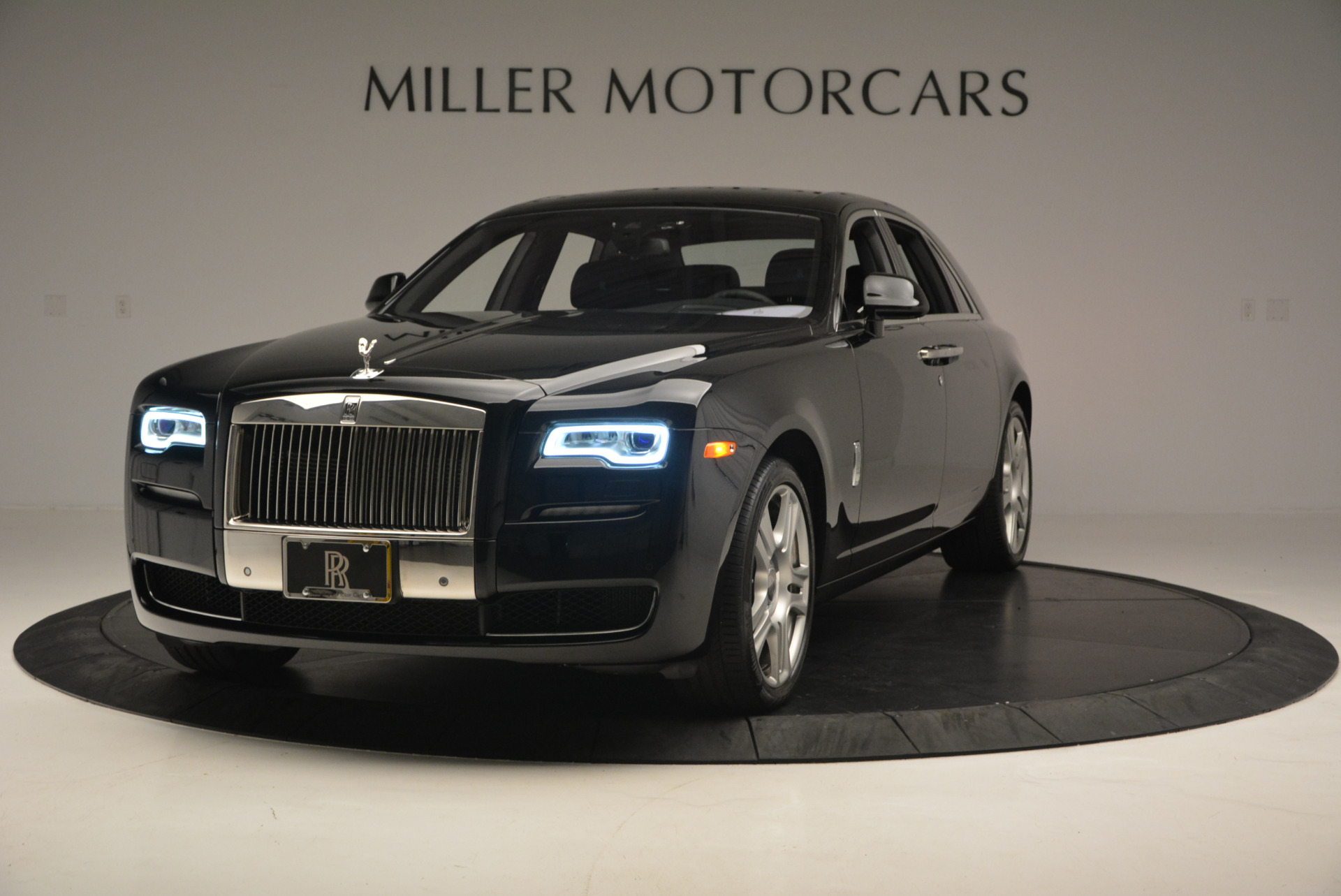 Used 2016 Rolls-Royce Ghost Series II  For Sale In Greenwich, CT 703_main