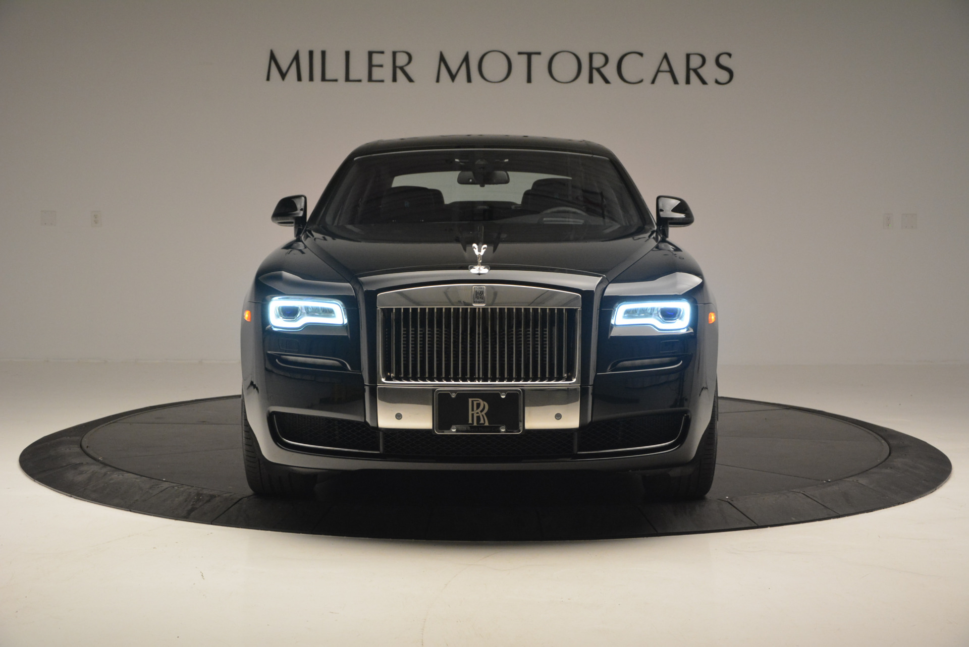 Used 2016 Rolls-Royce Ghost Series II  For Sale In Greenwich, CT 703_p12