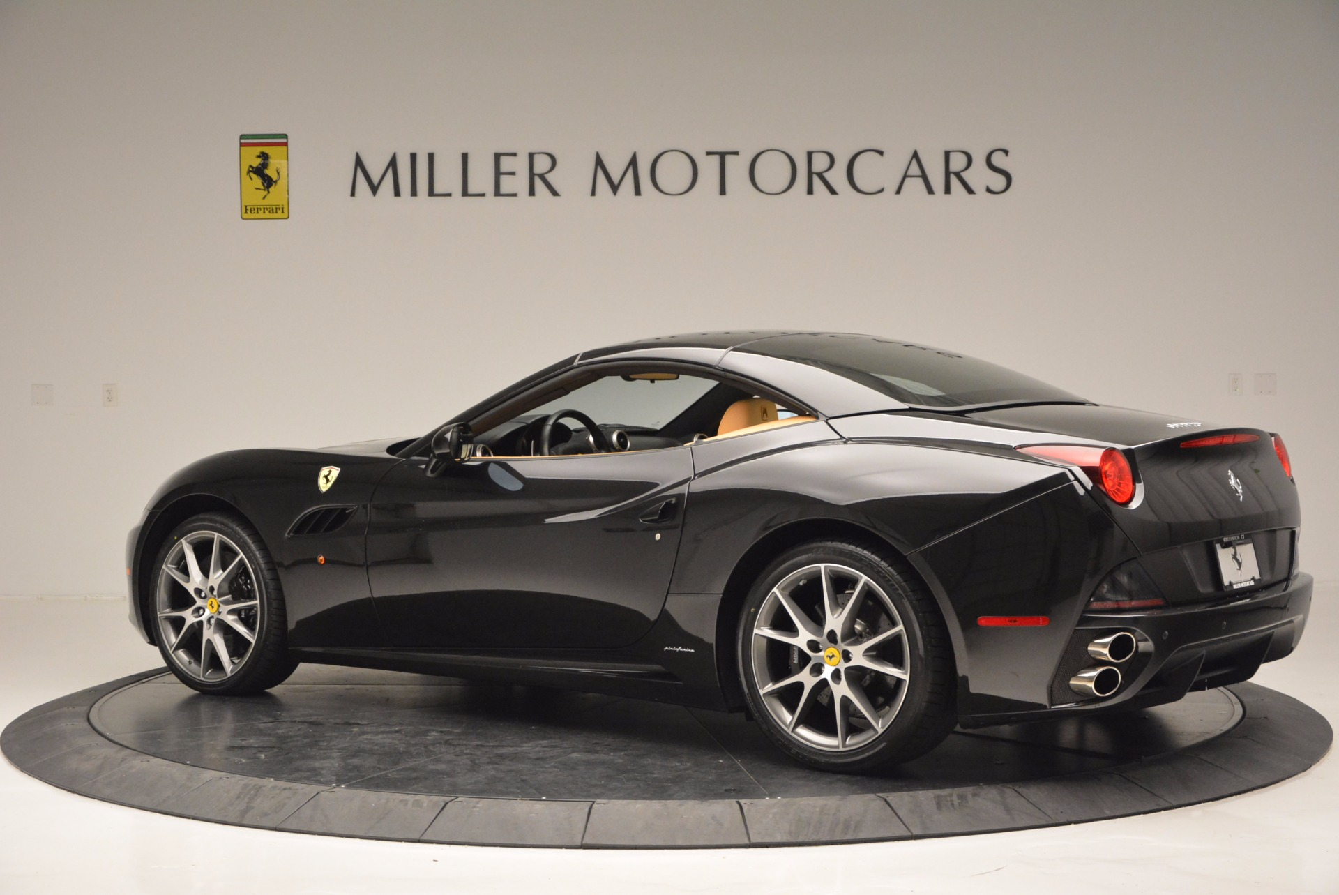 Used 2010 Ferrari California  For Sale In Greenwich, CT 705_p16