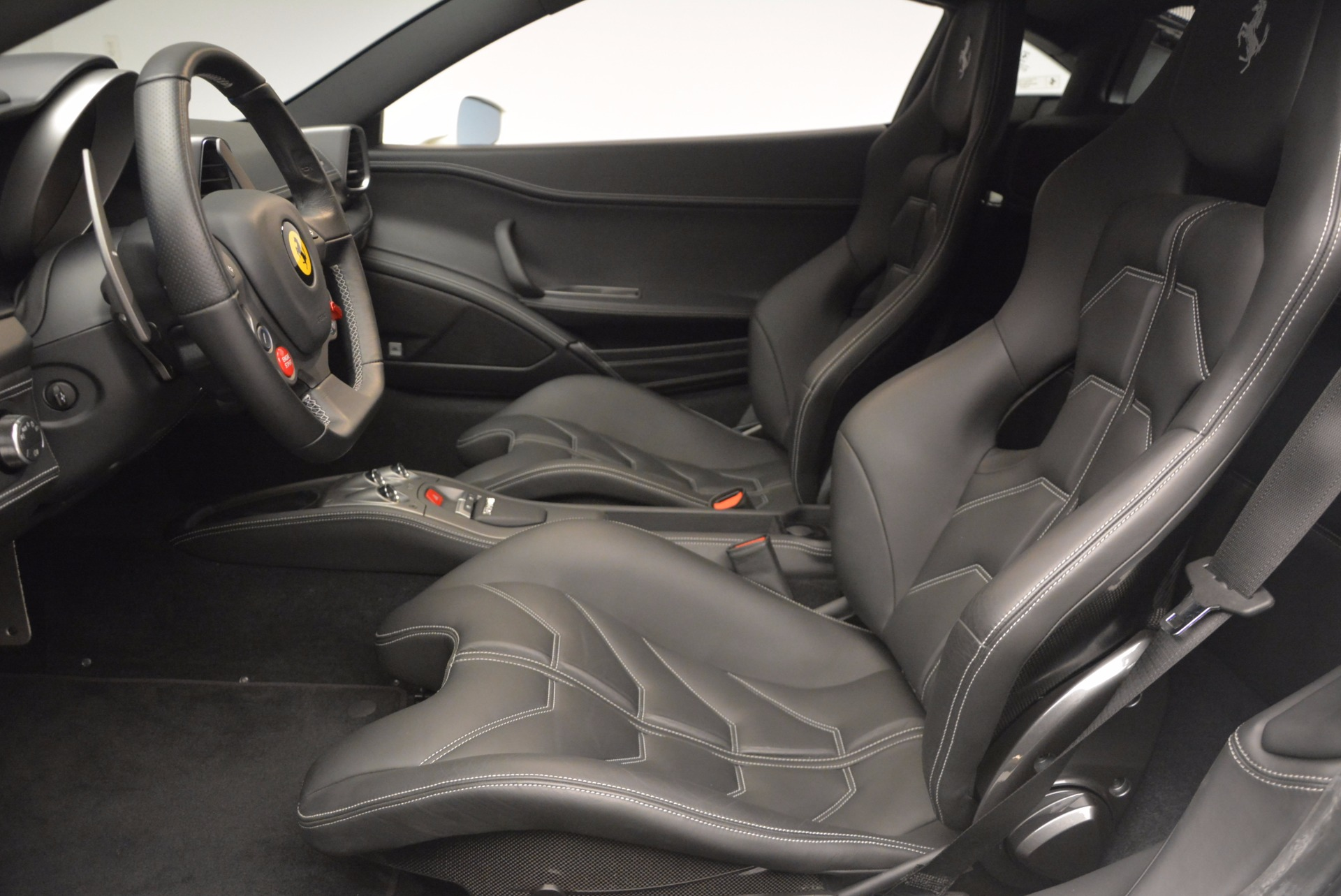 Used 2012 Ferrari 458 Italia  For Sale In Greenwich, CT 709_p14