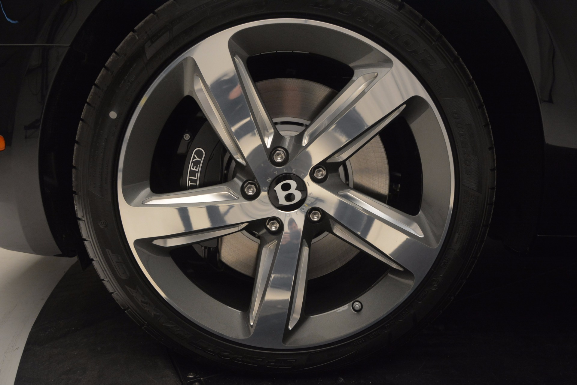 Used 2017 Bentley Mulsanne Speed For Sale In Greenwich, CT 733_p16
