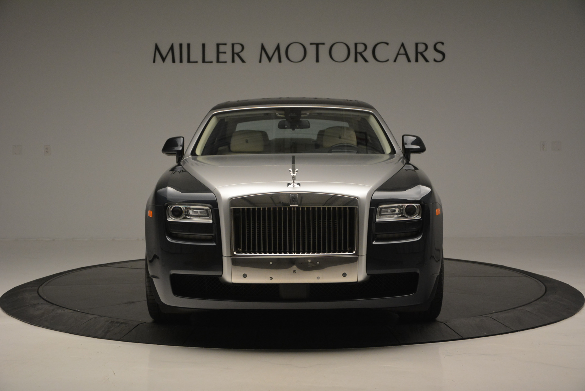 Used 2013 Rolls-Royce Ghost  For Sale In Greenwich, CT 739_p13