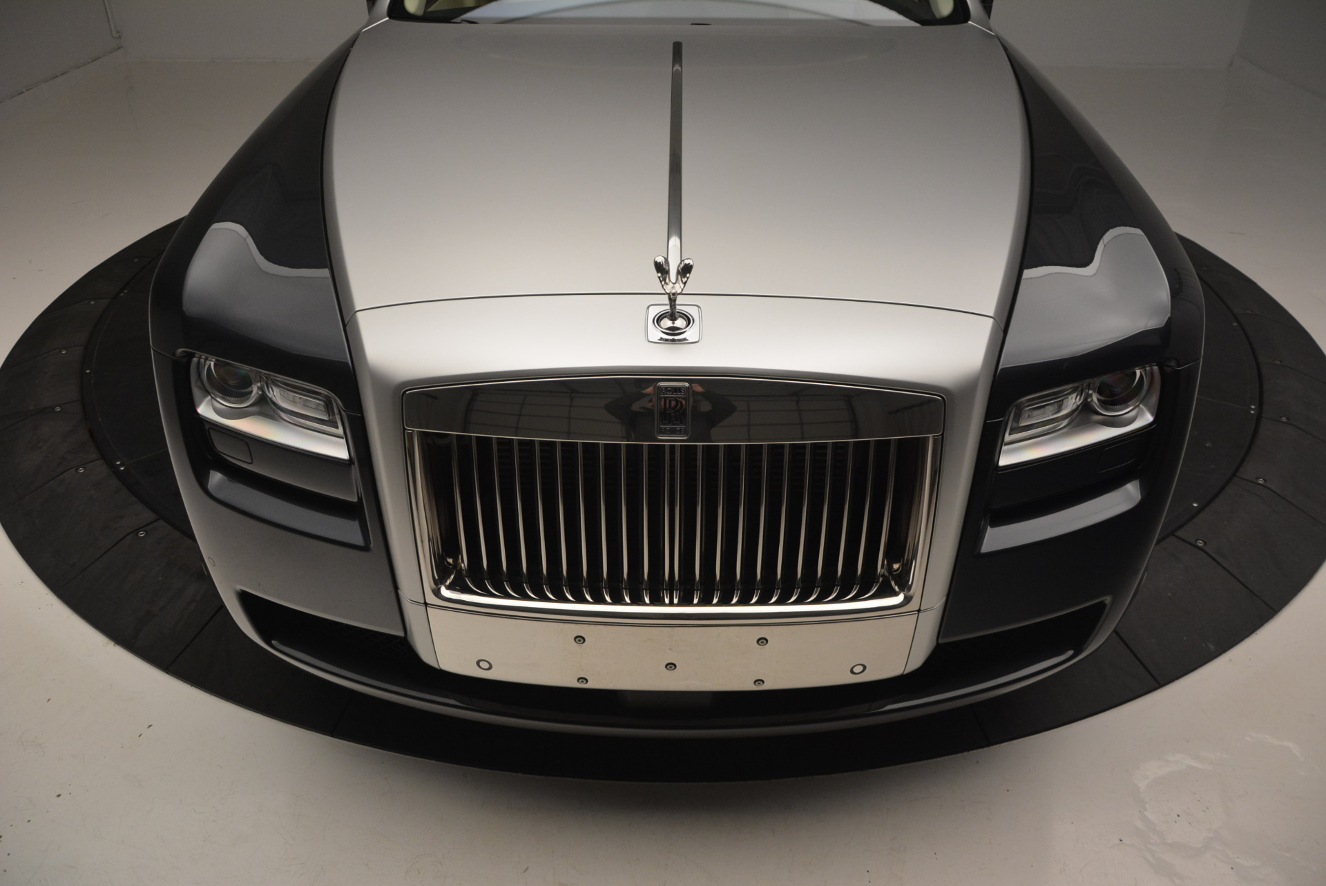 Used 2013 Rolls-Royce Ghost  For Sale In Greenwich, CT 739_p14