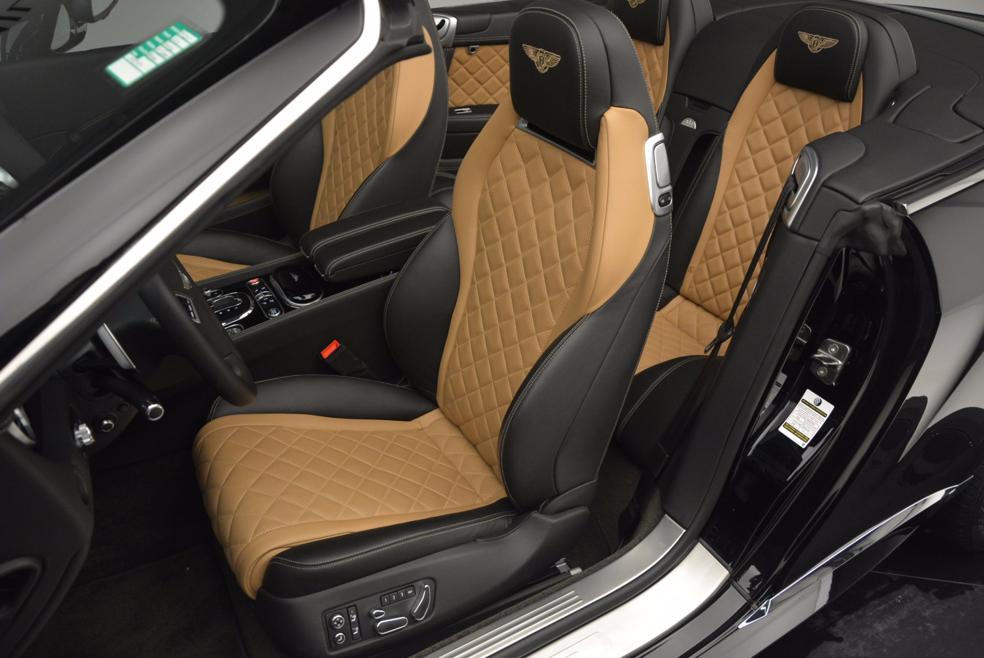 Used 2016 Bentley Continental GT Speed Convertible  For Sale In Greenwich, CT 741_p29