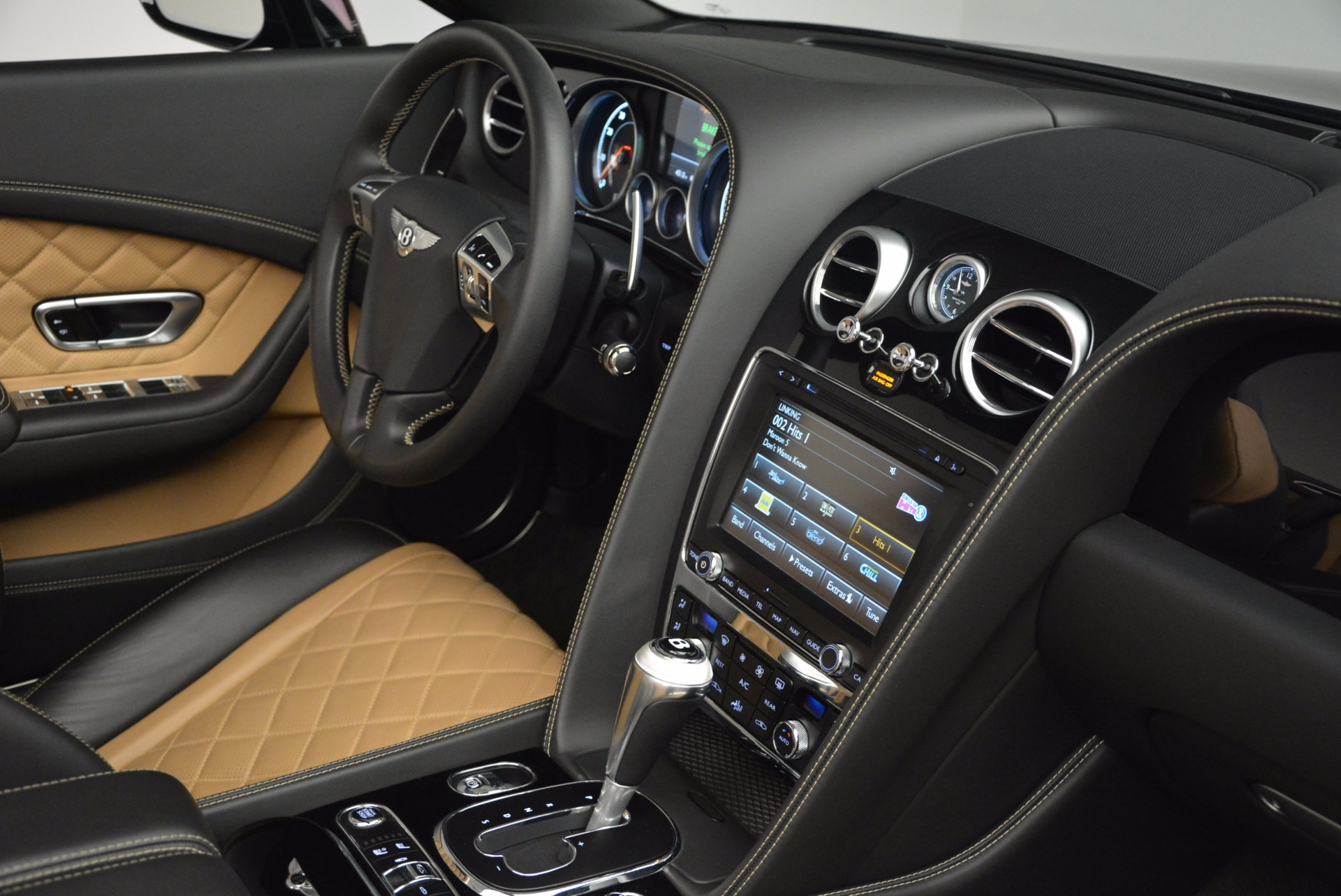 Used 2016 Bentley Continental GT Speed Convertible  For Sale In Greenwich, CT 741_p45