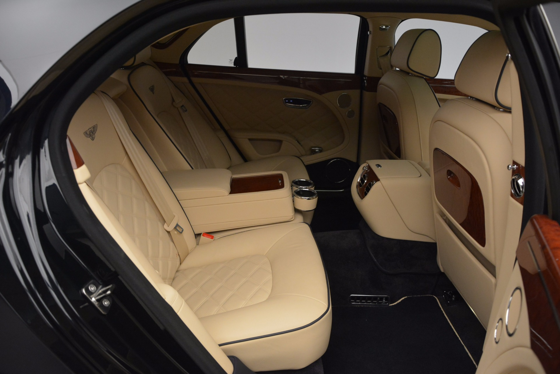 Used 2016 Bentley Mulsanne  For Sale In Greenwich, CT 742_p35
