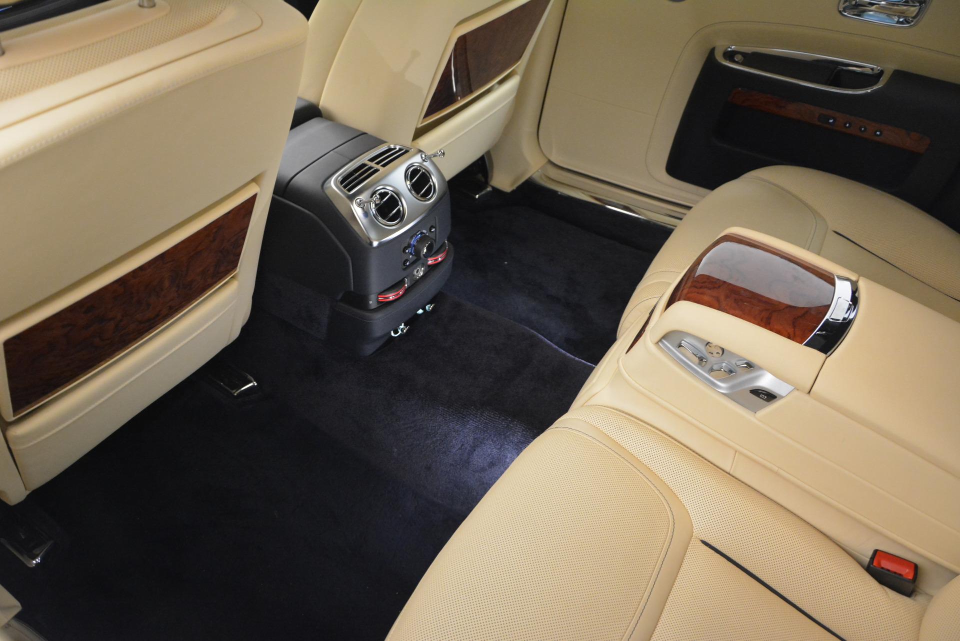 Used 2016 Rolls-Royce Ghost EWB For Sale In Greenwich, CT 746_p27