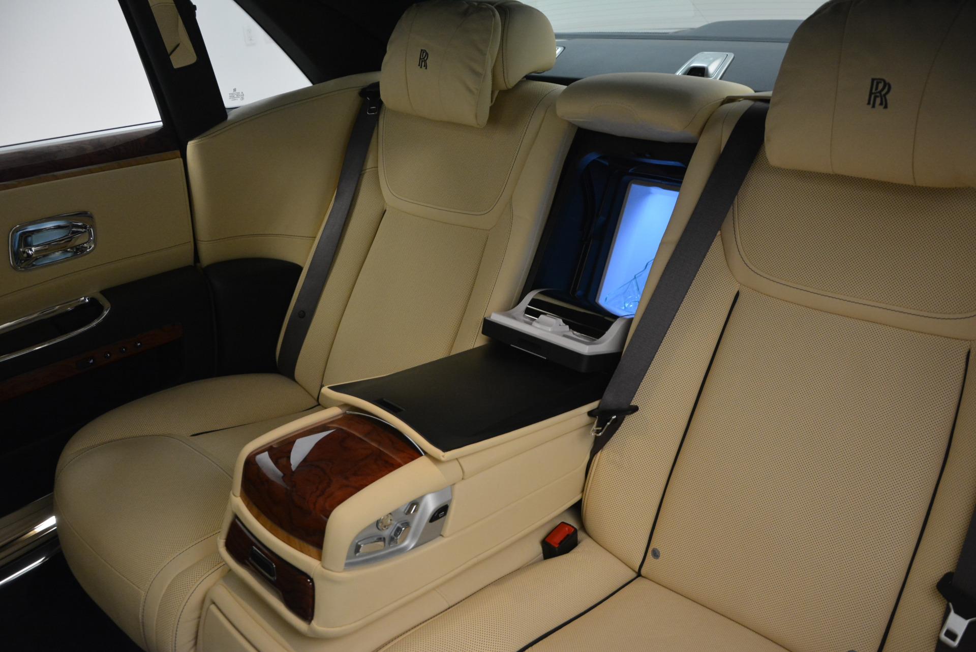 Used 2016 Rolls-Royce Ghost EWB For Sale In Greenwich, CT 746_p31