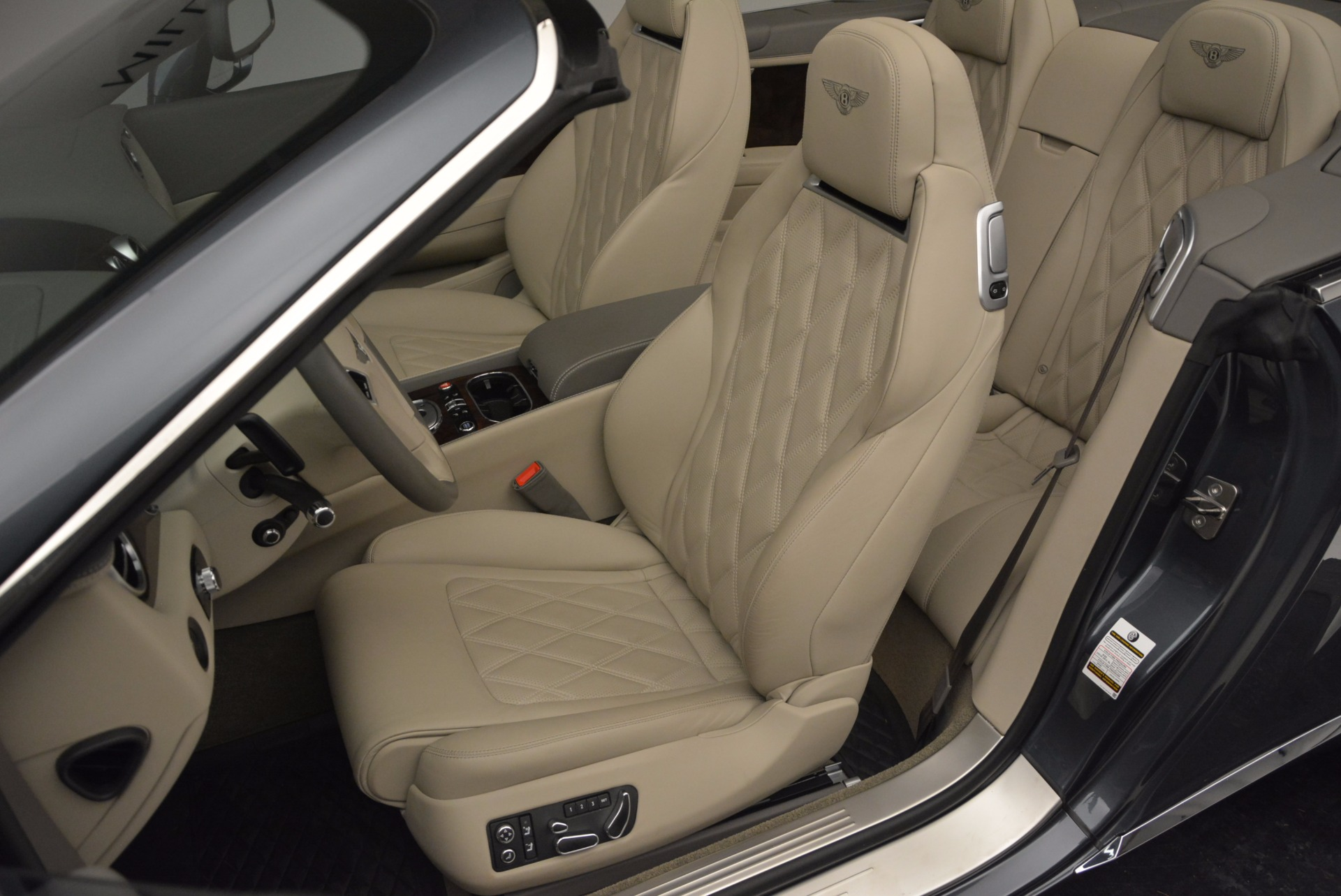 Used 2014 Bentley Continental GT V8 For Sale In Greenwich, CT 753_p36