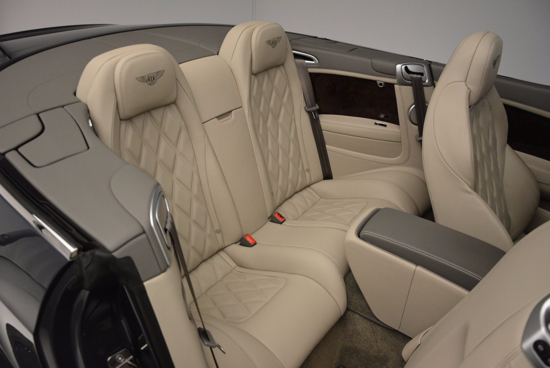 Used 2014 Bentley Continental GT V8 For Sale In Greenwich, CT 753_p52