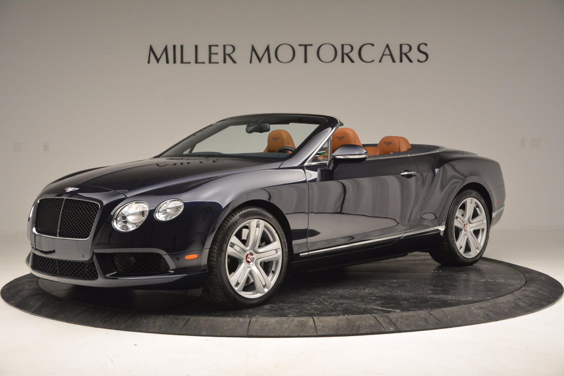 Used 2014 Bentley Continental GT V8 For Sale In Greenwich, CT 754_p2