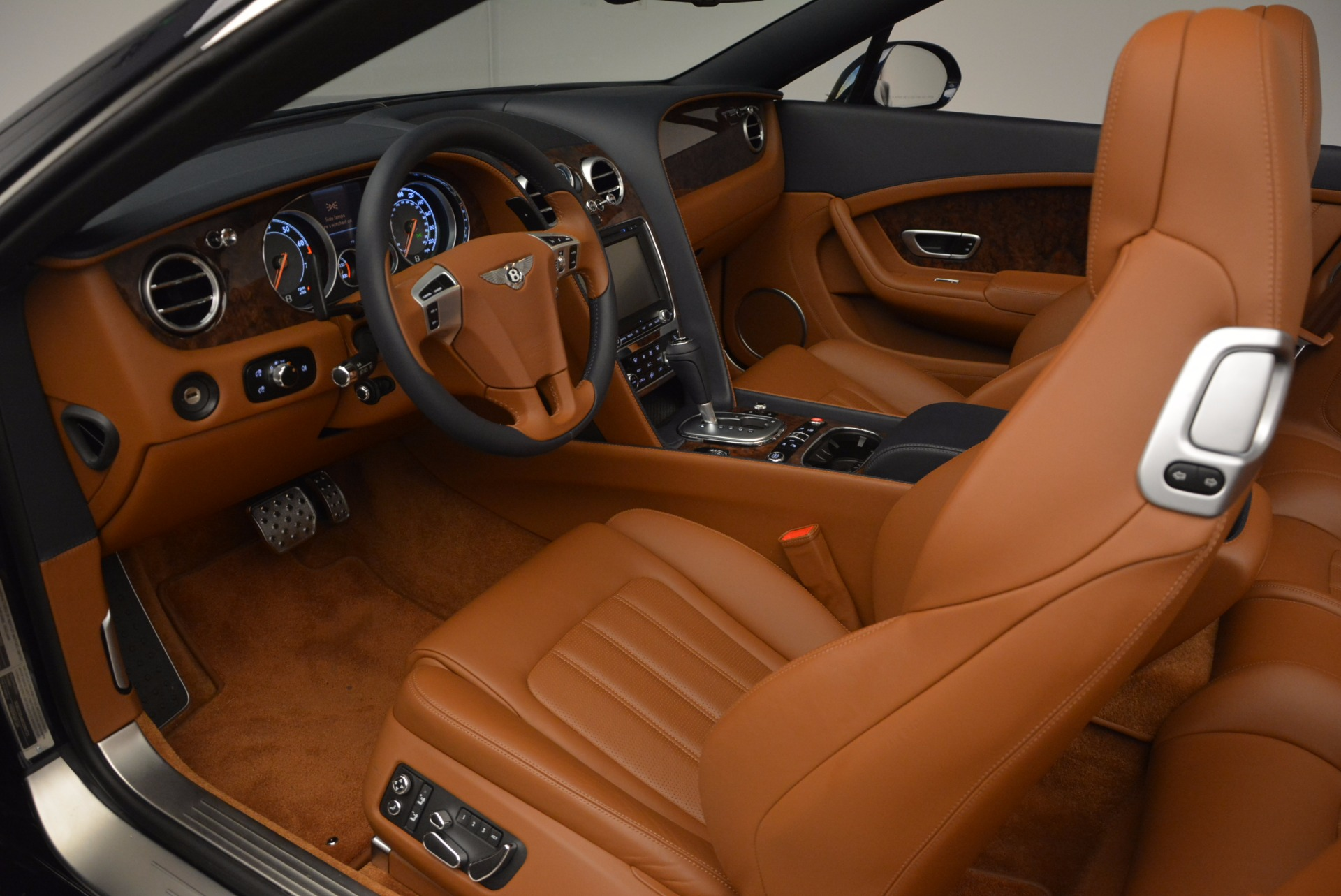 Used 2014 Bentley Continental GT V8 For Sale In Greenwich, CT 754_p35