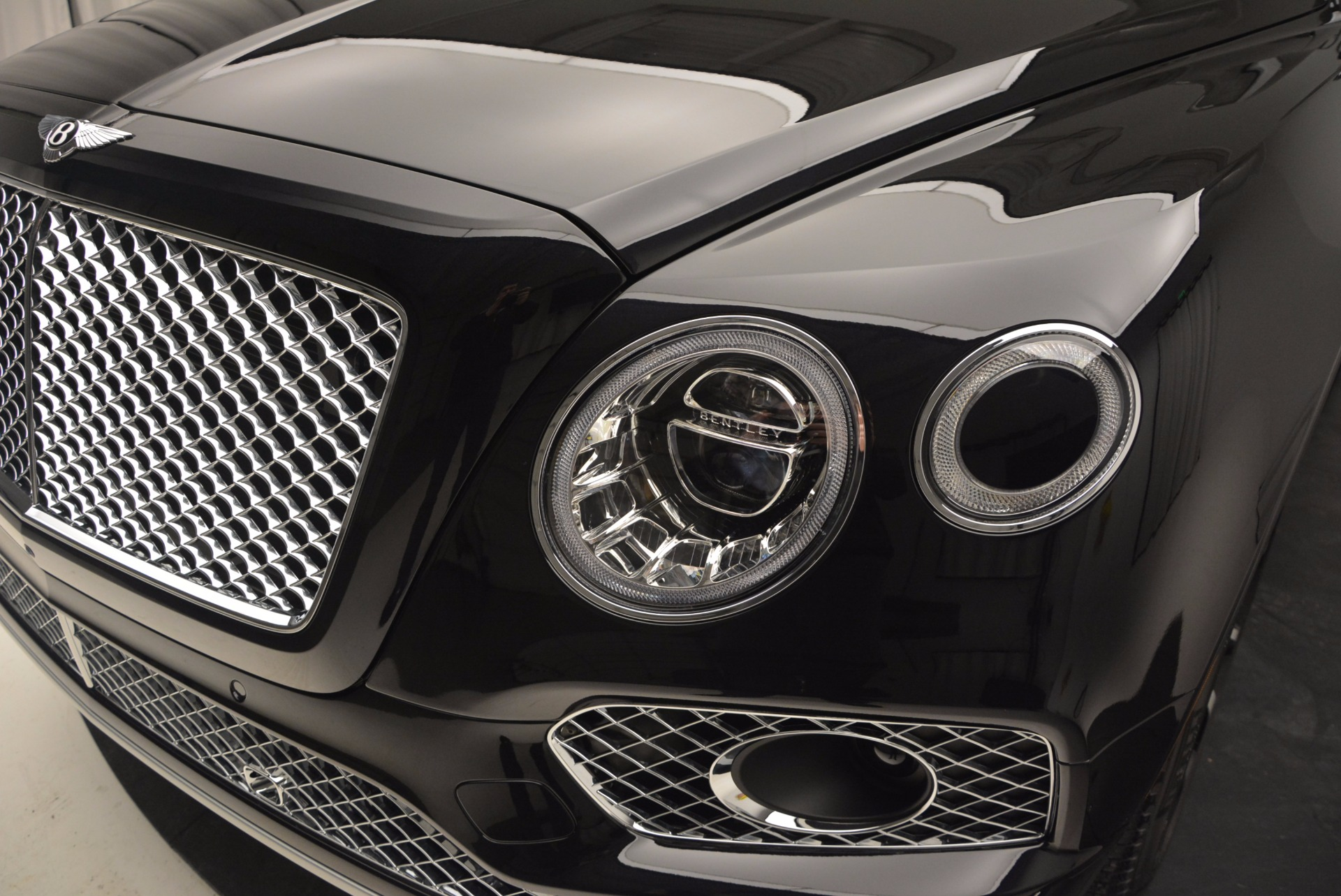 New 2017 Bentley Bentayga  For Sale In Greenwich, CT 756_p14