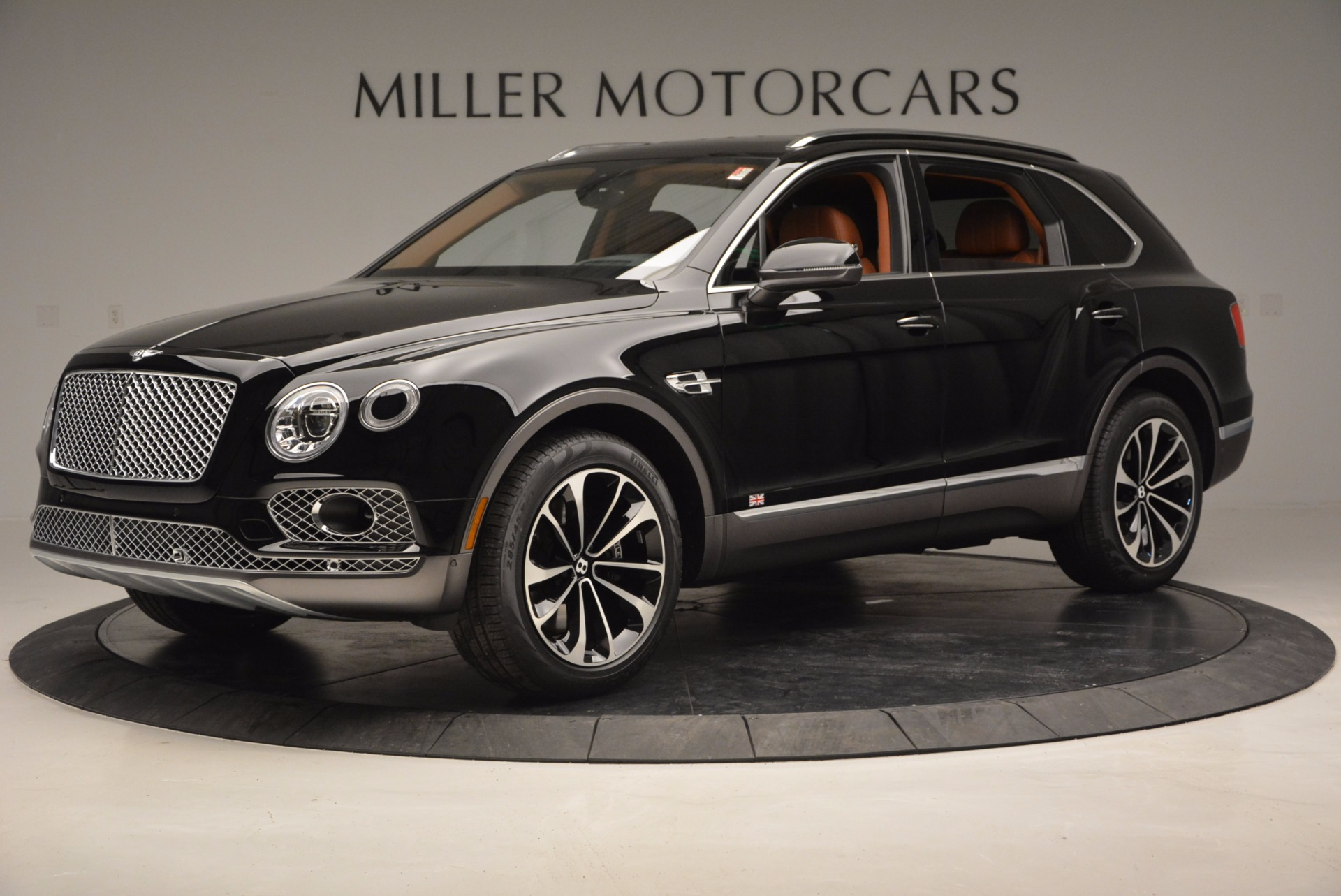New 2017 Bentley Bentayga  For Sale In Greenwich, CT 757_p2