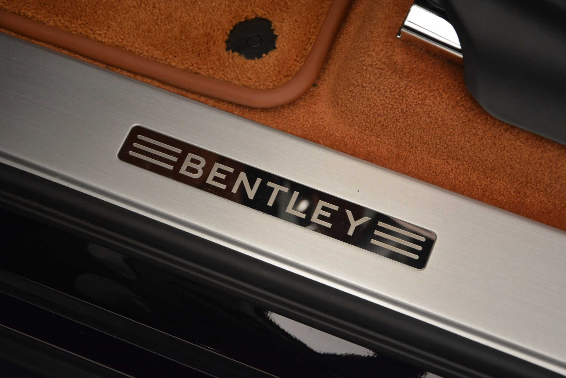 Used 2017 Bentley Bentayga  For Sale In Greenwich, CT 758_p27