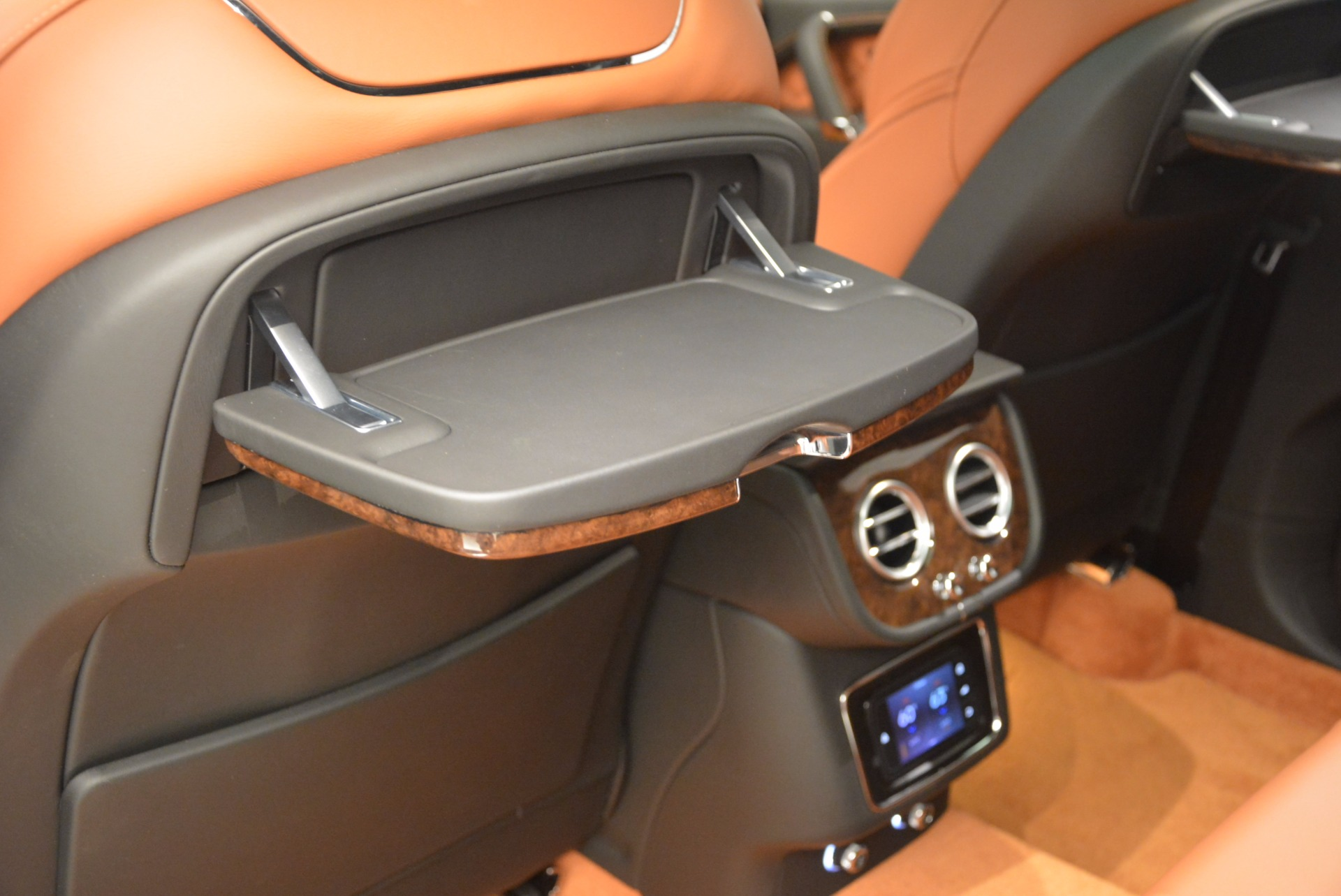 Used 2017 Bentley Bentayga  For Sale In Greenwich, CT 758_p36