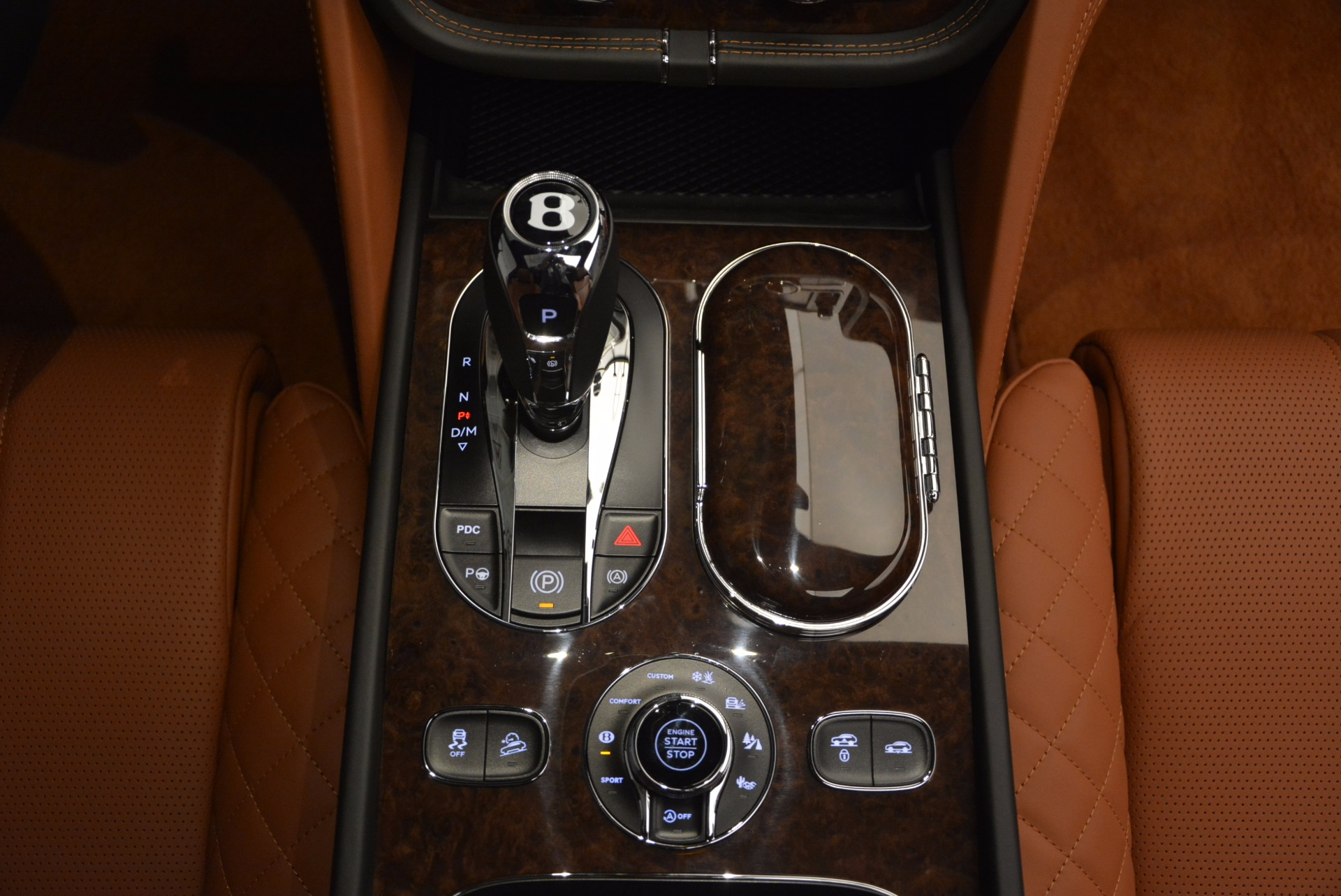 Used 2017 Bentley Bentayga  For Sale In Greenwich, CT 758_p55