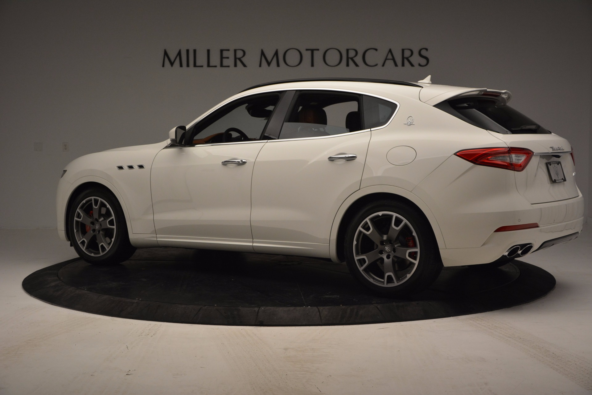 New 2017 Maserati Levante  For Sale In Greenwich, CT 762_p4