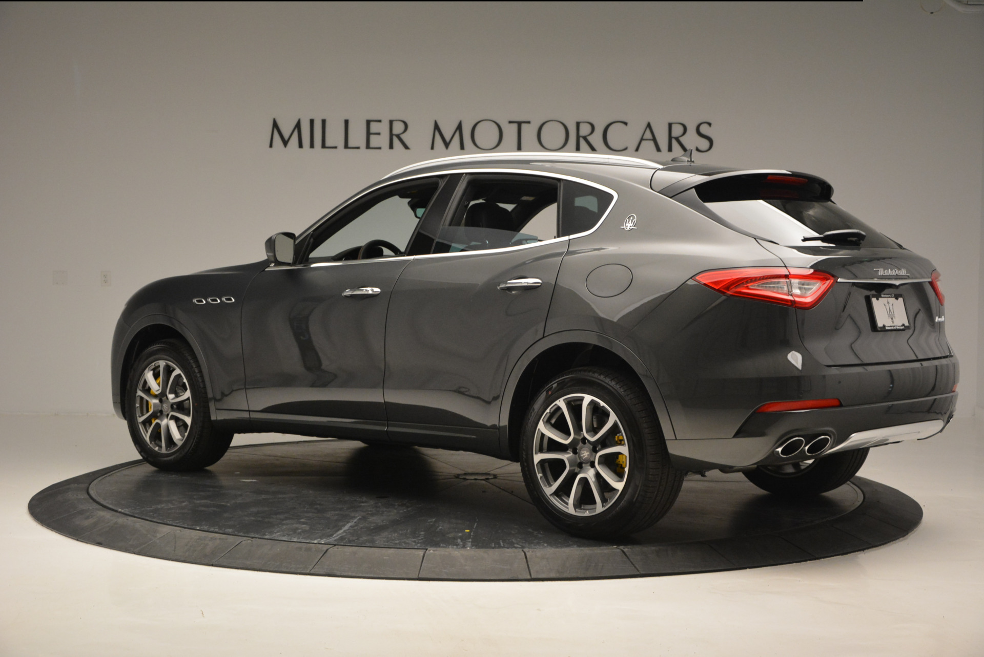 Used 2017 Maserati Levante S Ex Service Loaner For Sale In Greenwich, CT 764_p4