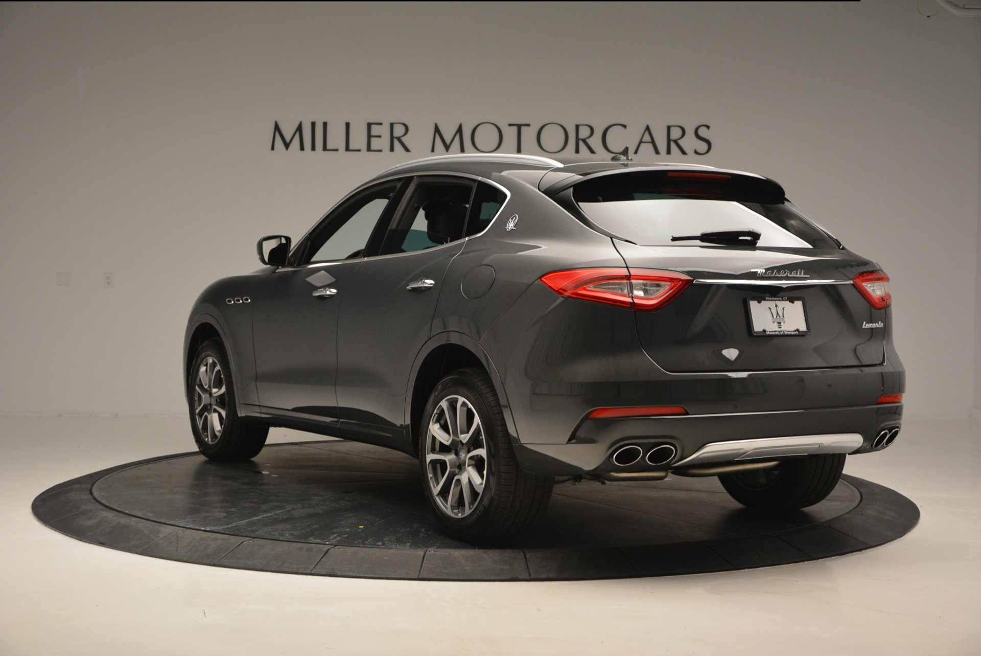 Used 2017 Maserati Levante S Ex Service Loaner For Sale In Greenwich, CT 764_p5