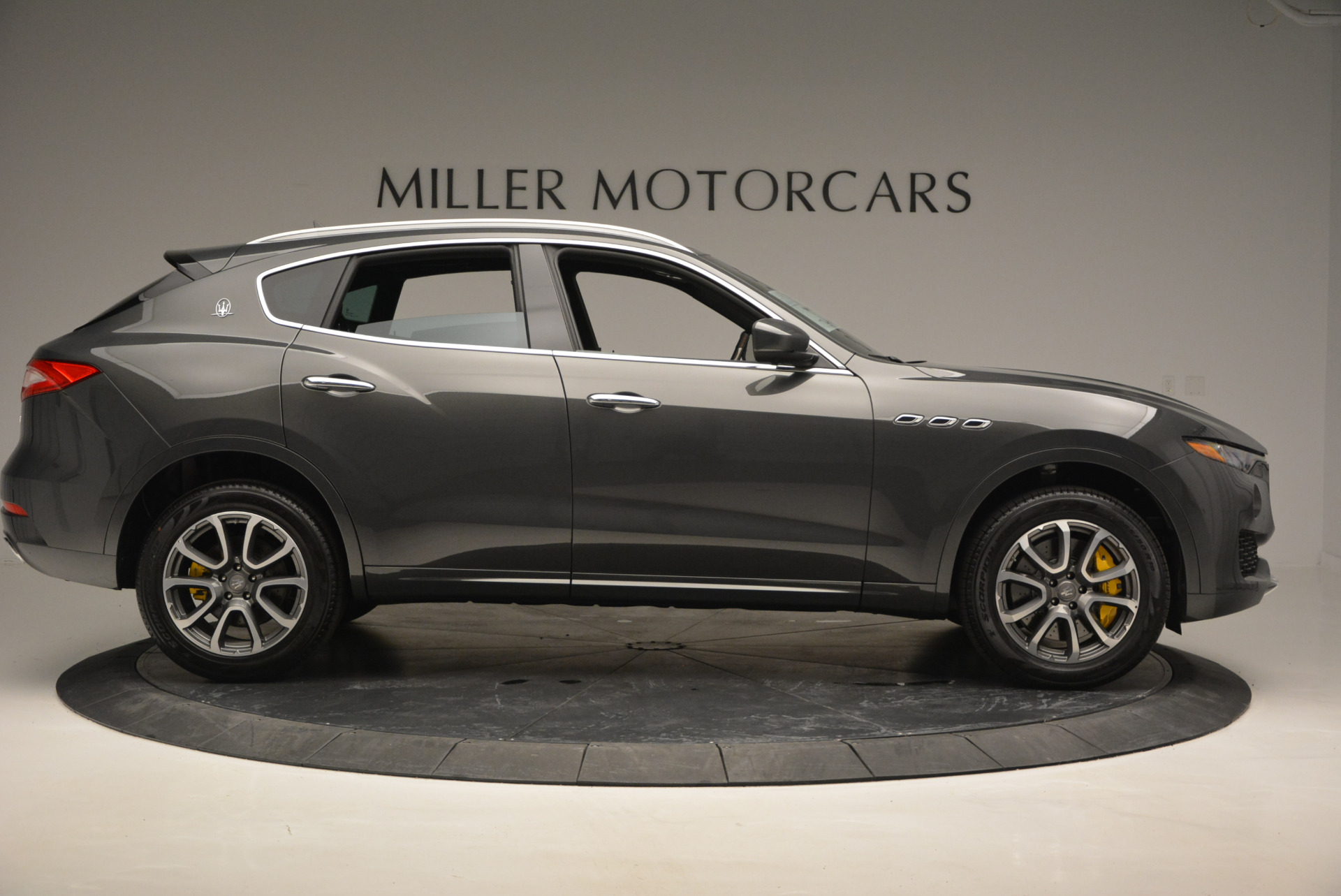 Used 2017 Maserati Levante S Ex Service Loaner For Sale In Greenwich, CT 764_p9